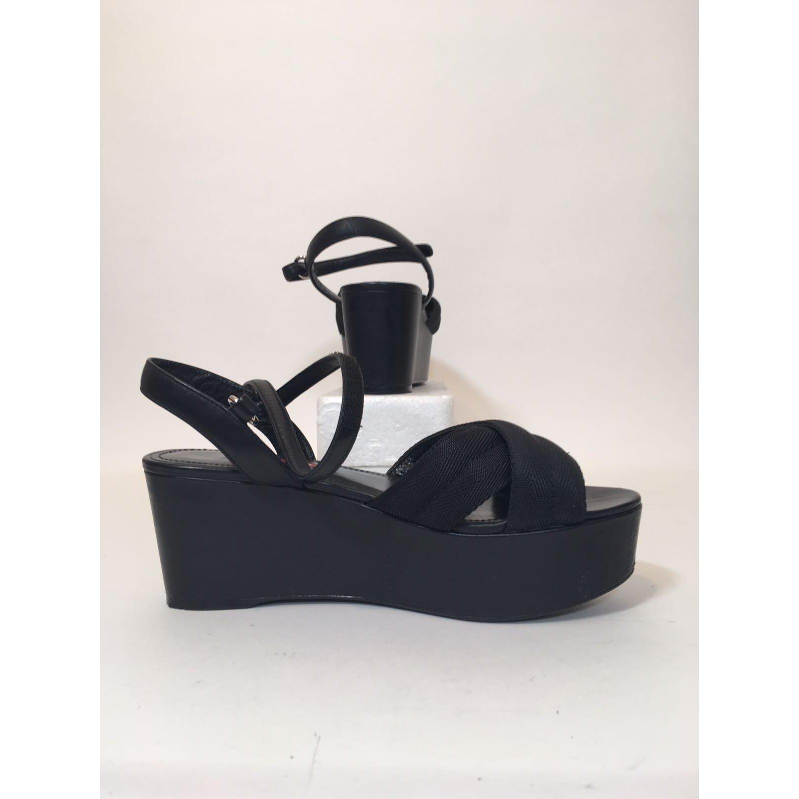 Sandales Prada Sandales Cuir,Toile Noir ref.61258 Joli Closet