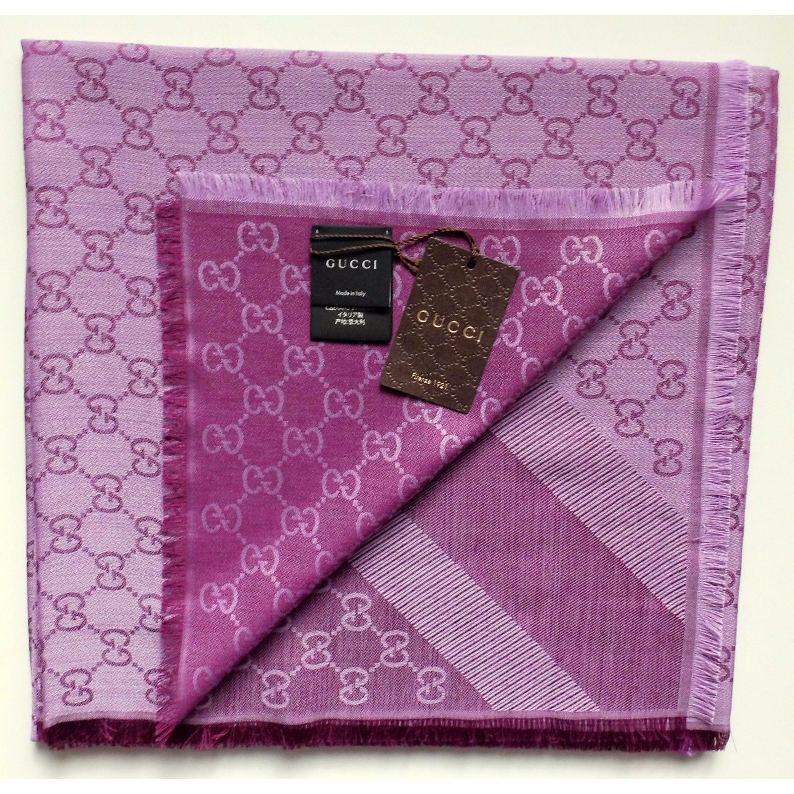 1e8f560b759a0 Gucci scarf new Scarves Silk