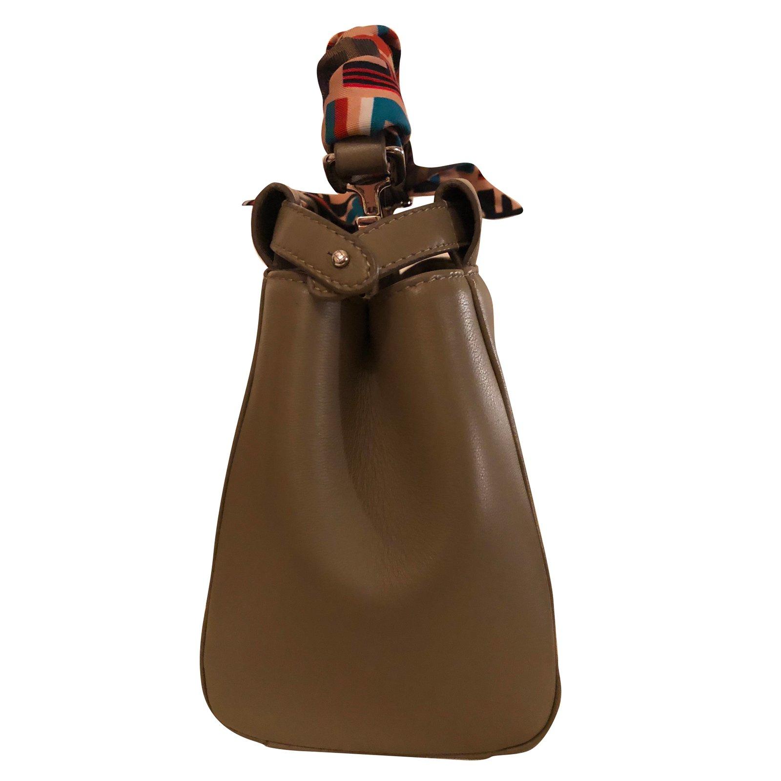 Fendi Mini Peekaboo Handbags Leather Beige ref.62668 - Joli Closet fc85f147baaf7