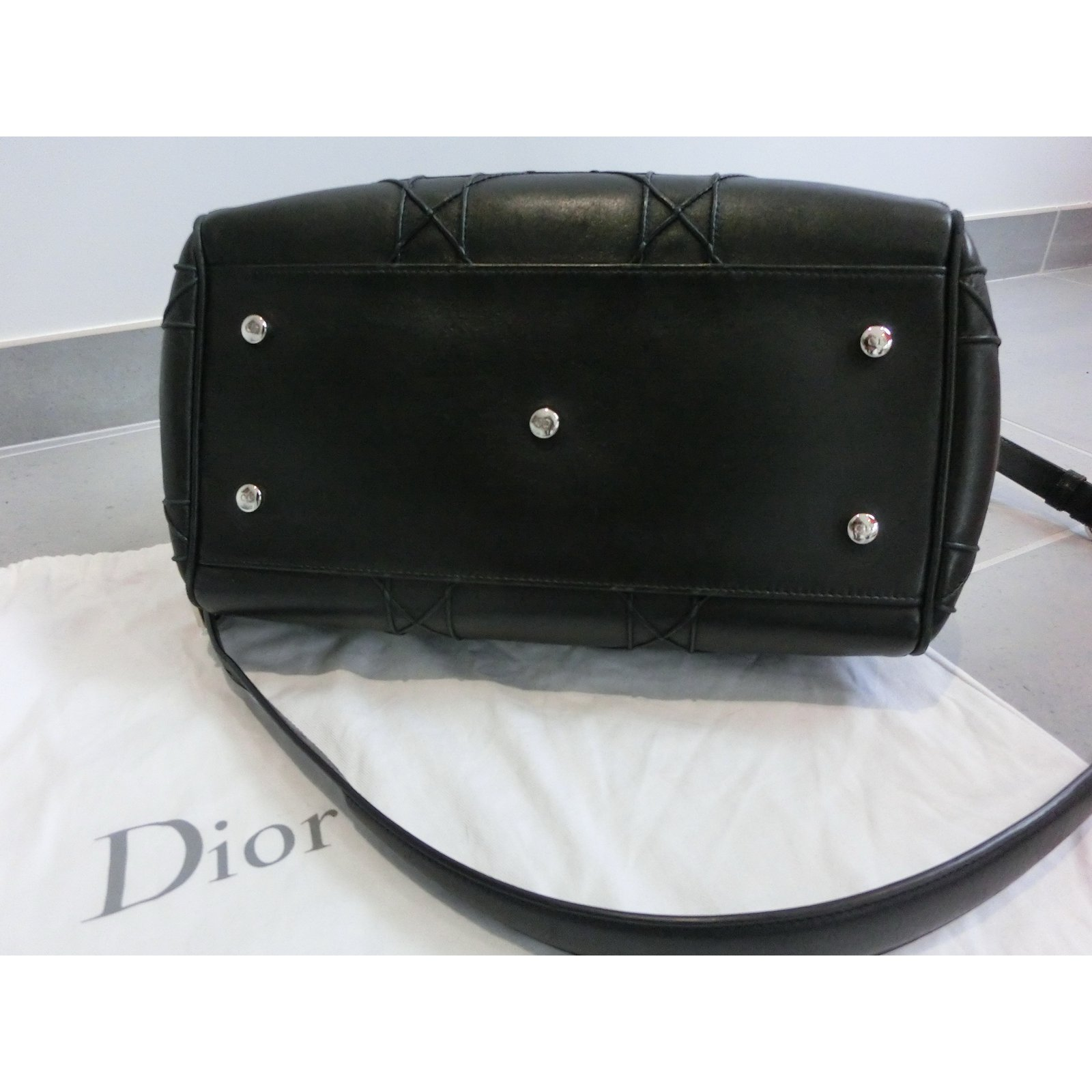2a8e386bb21 Sacs à main Christian Dior Granville Cuir Noir ref.62714 - Joli Closet