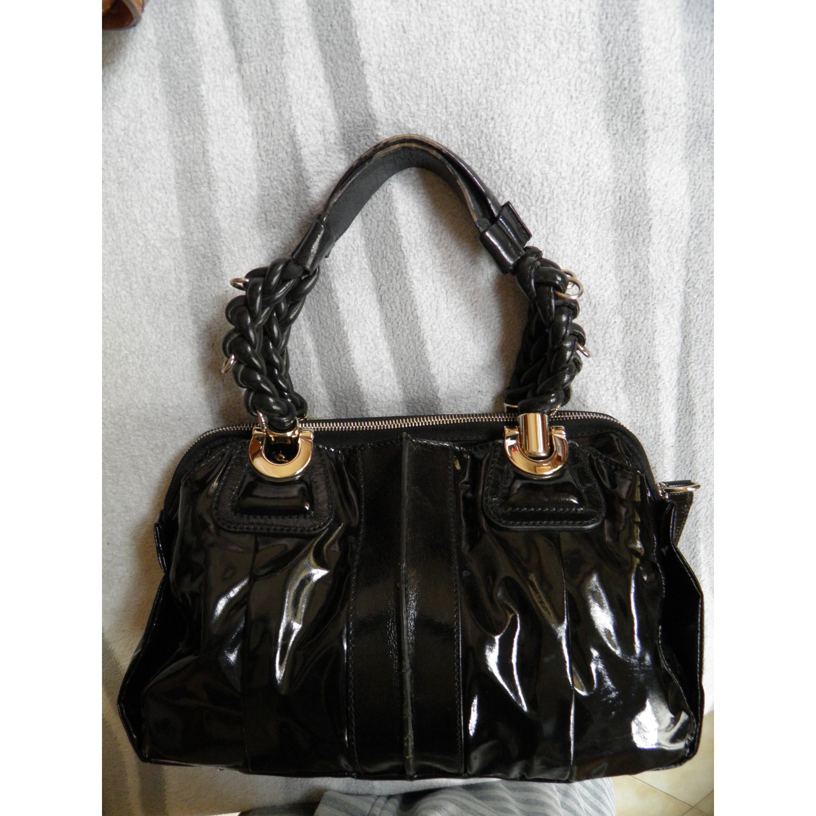 Chloé heloise Handbags Patent leather Black ref.62811 - Joli Closet 5ad58fde2717a