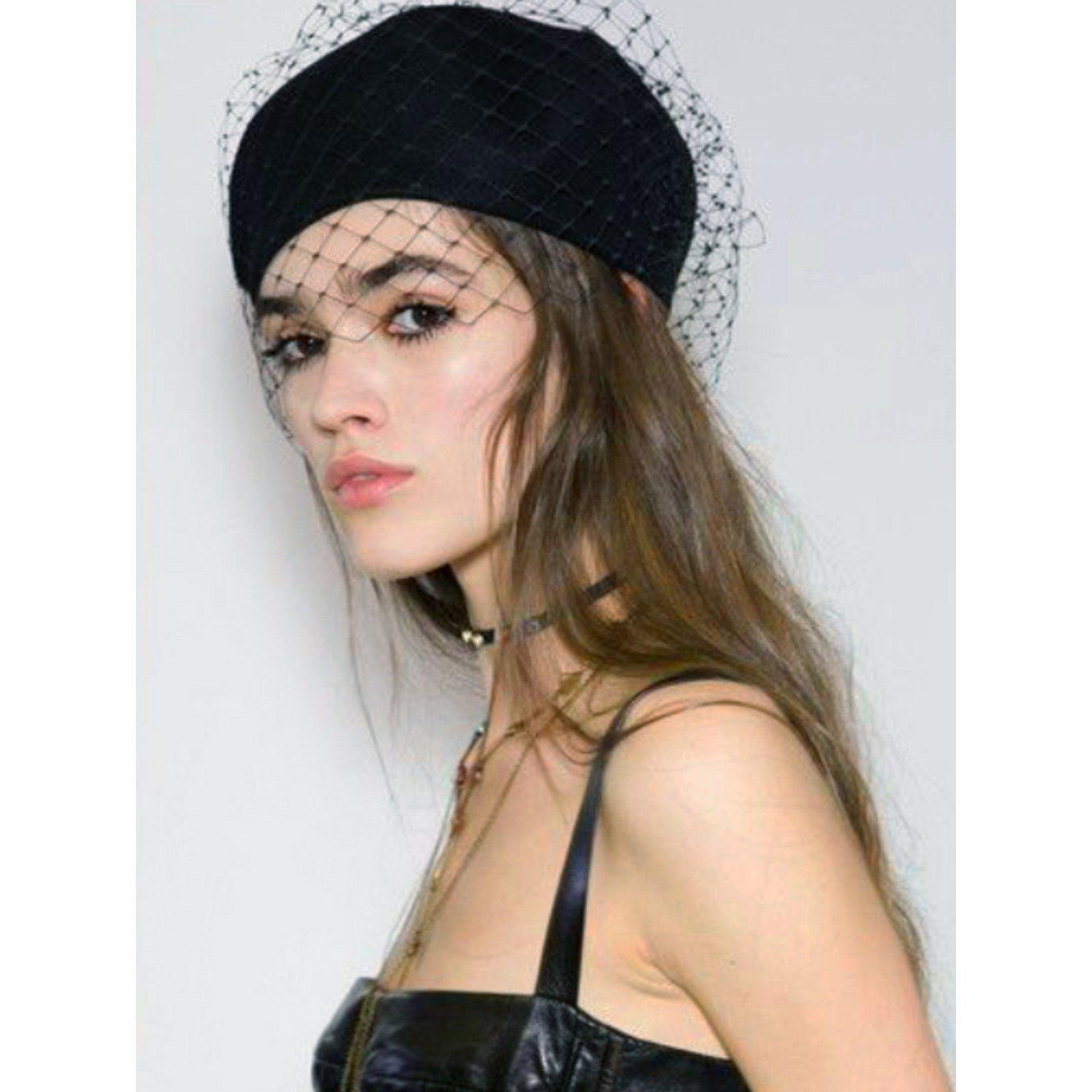 44d584337f0 Christian Dior Black Runway Beret Hats Cotton Black ref.62859 - Joli Closet