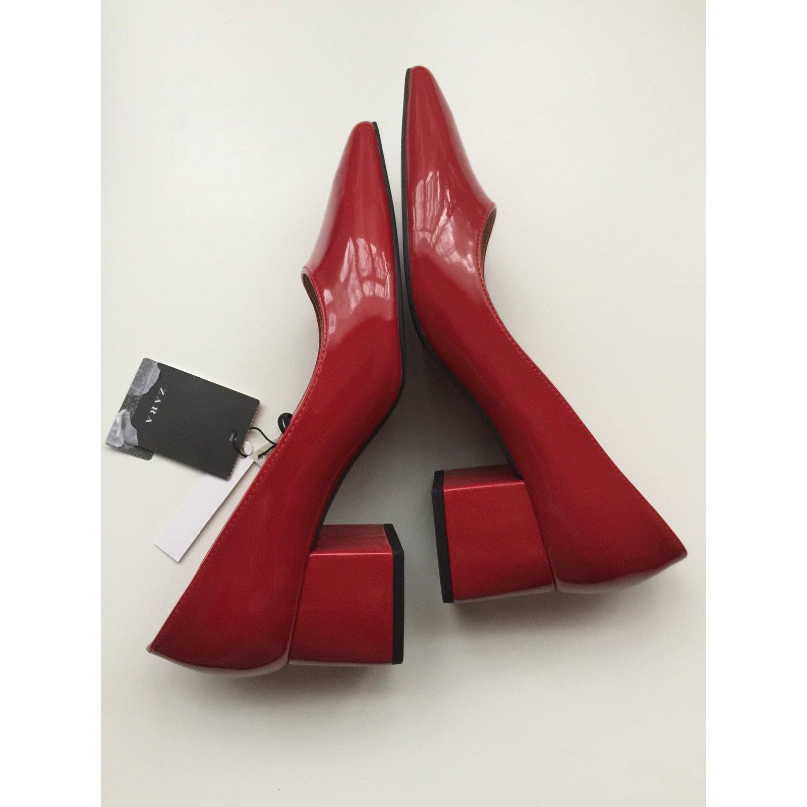b944e57af3a Zara Vegan patent leather block heels Heels Synthetic Red ref.63529 - Joli  Closet