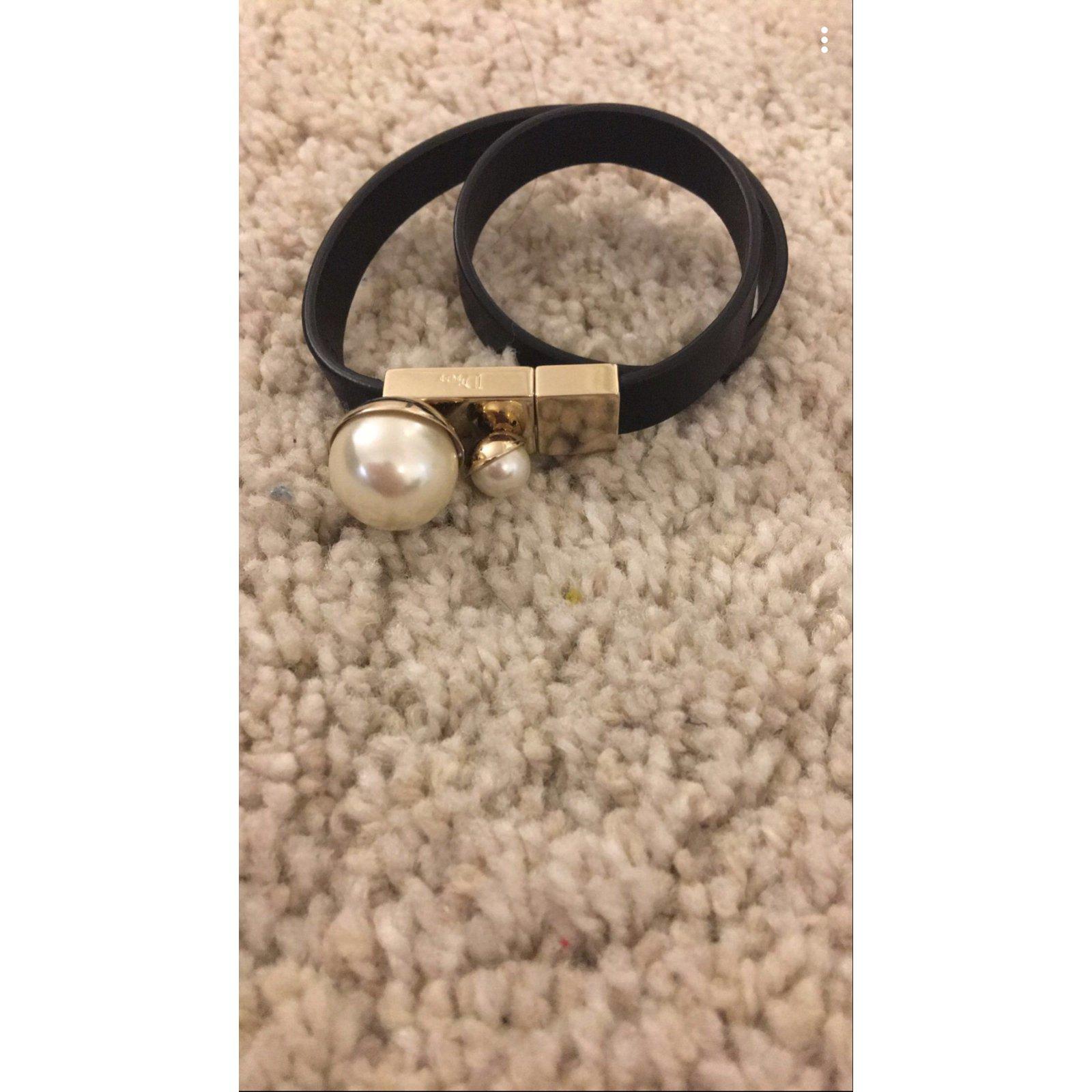 Bracelets Christian Dior Bracelet Dior Cuir Noir,blanc cassé ref.65060 ,  Joli Closet