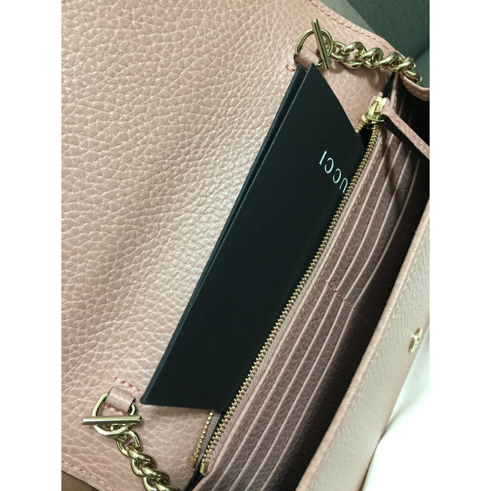 37d4a92e0f22 Gucci Wallet on chain Purses, wallets, cases Leather Pink ref.65230 - Joli  Closet