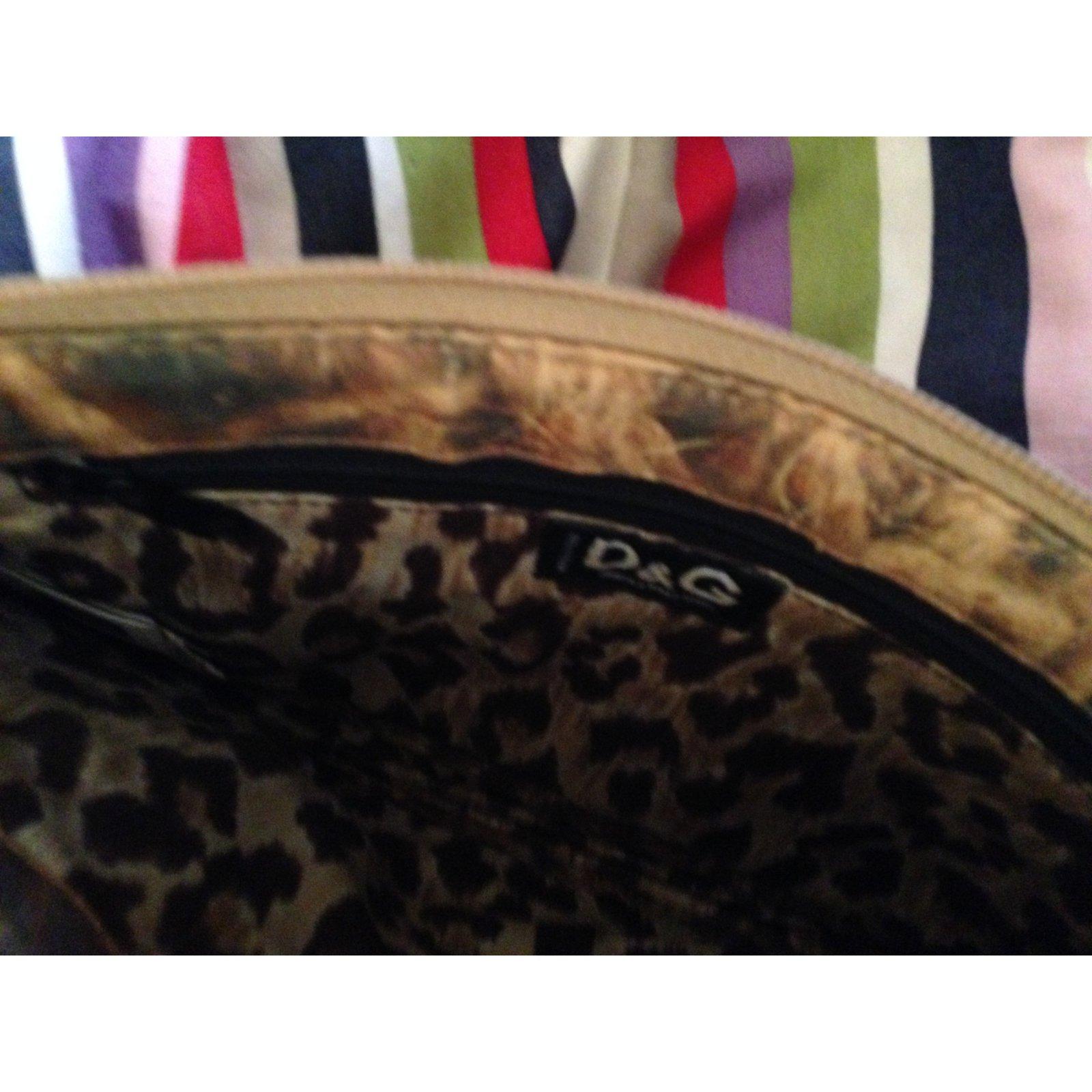 b34f4fa069 D G Handbags Handbags Cloth Beige ref.66115 - Joli Closet