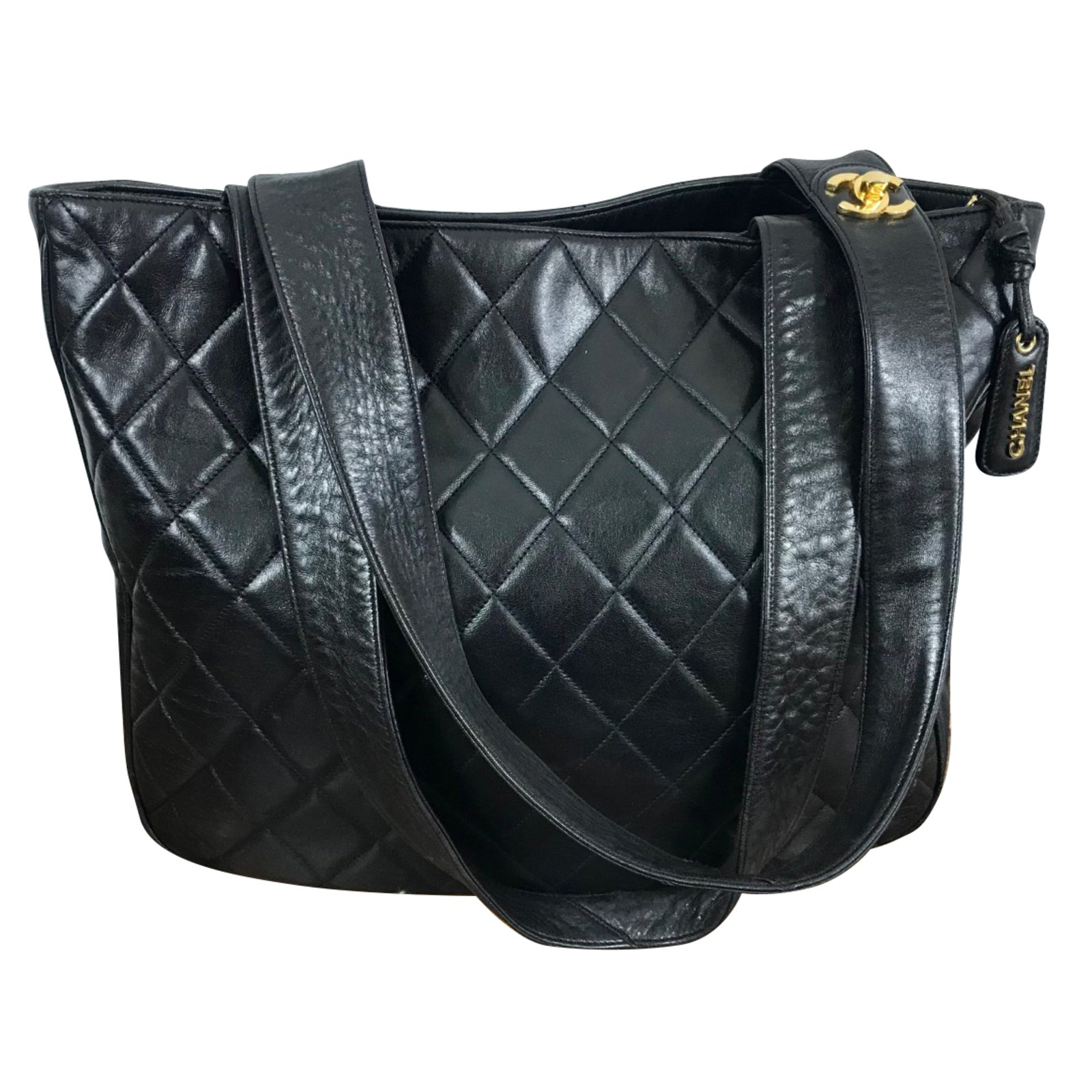 a24c19e123 Chanel Shopping bag quilted black leather Handbags Leather Black ref.66191  - Joli Closet