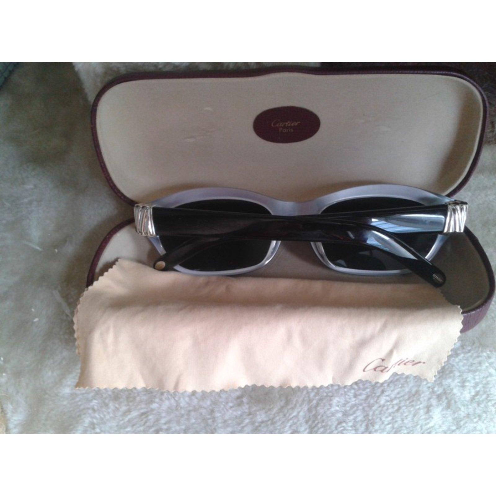 Lunettes Cartier Lunette de soleil Joyce de Cartier Vintage Résine Noir  ref.66910 - Joli Closet 732afac67d01