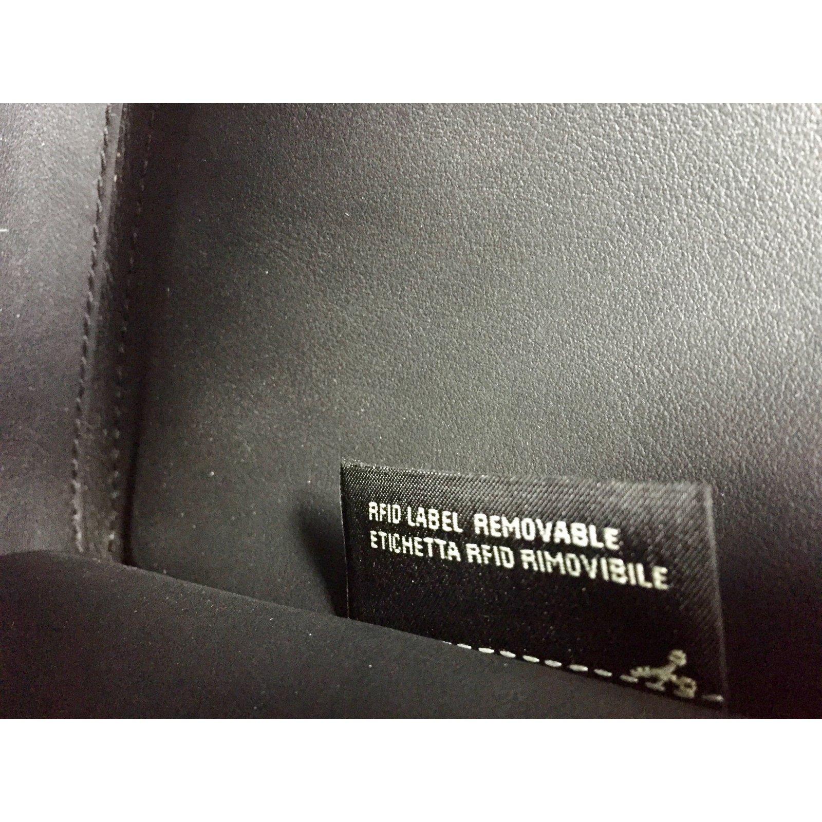 ... quality design 9aae8 dbe9e Fendi Fendi Petite 2jours Handbags Leather  Black ref.67920 ... c5479e0c1d8cb