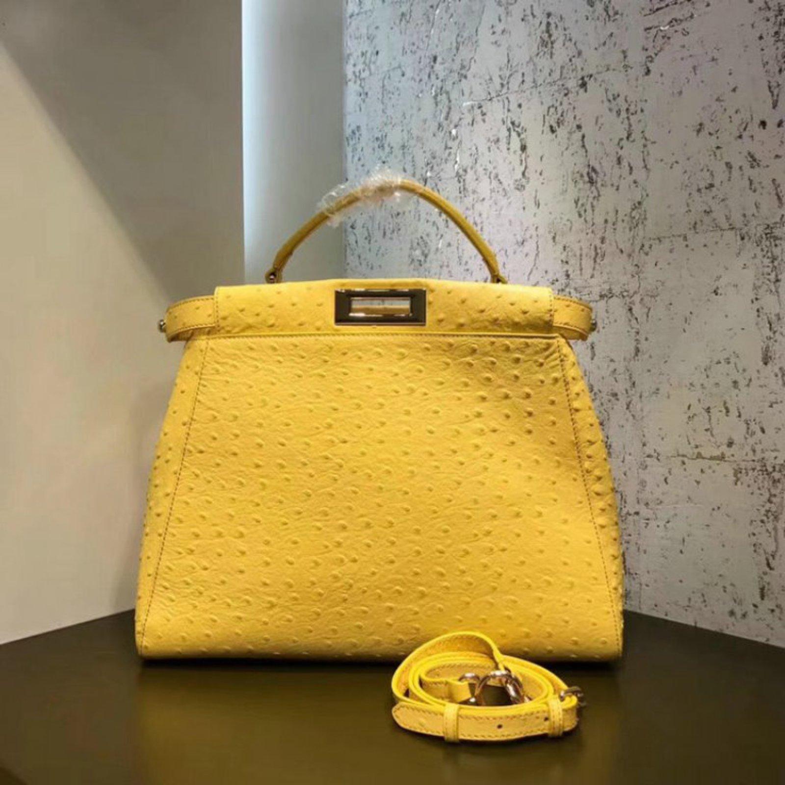 1c28924c7354 Fendi PEEKABOO Handbags Exotic leather Yellow ref.68900 - Joli Closet