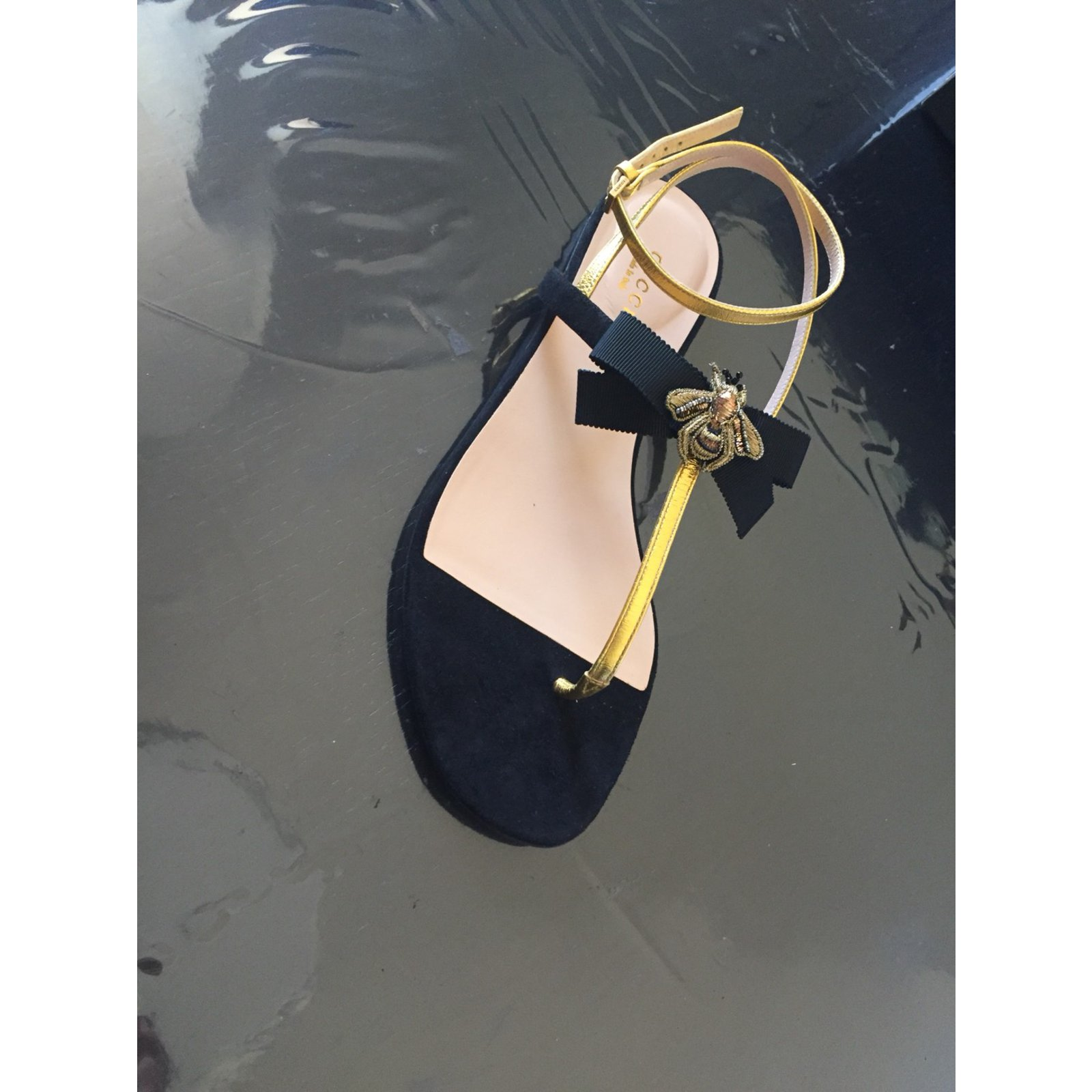 ff7a9feeb0a Gucci Gucci flat sandal bee model 2018 Sandals Other Black
