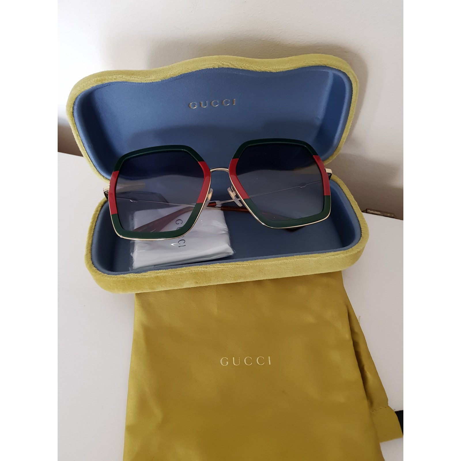 9acf68dec6f Gucci Sunglasses Sunglasses Acrylic Multiple colors ref.73004 - Joli Closet