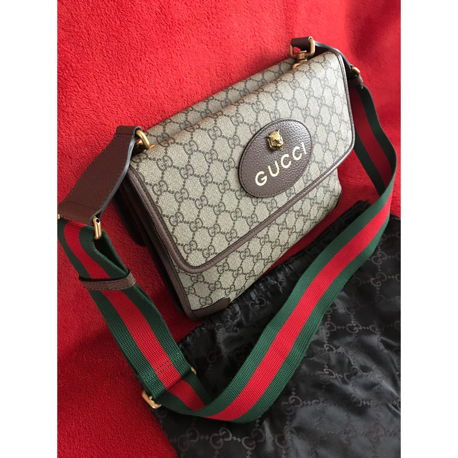 4021b74d471b Facebook · Pin This. Gucci GG Supreme messenger bag -Style ?495654 Bags  Briefcases Cloth Multiple colors ref.