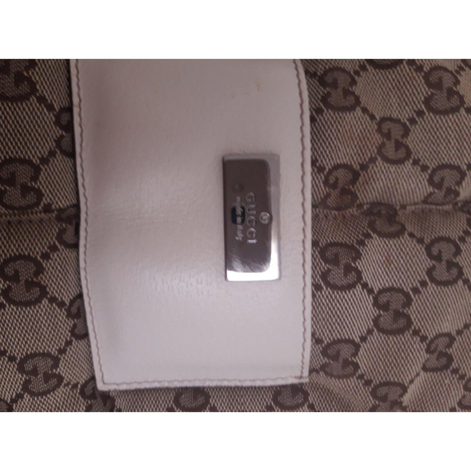 2caf628629a8 Sacs, trousses Gucci Porte-bébé Toile Beige ref.73870 - Joli Closet