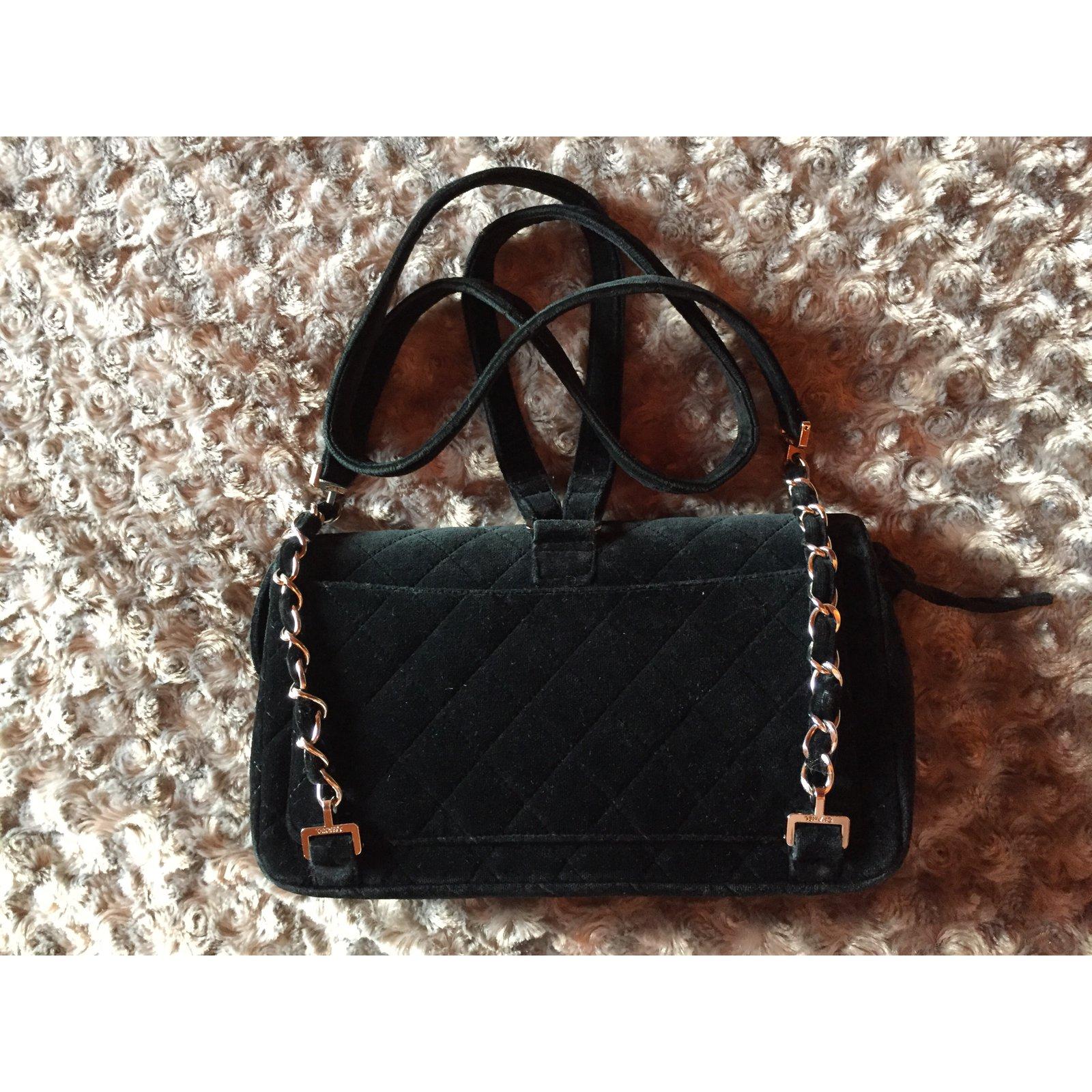 64f4a9c82d0ca4 Chanel TIMELESS Backpacks Velvet Black ref.74132 - Joli Closet