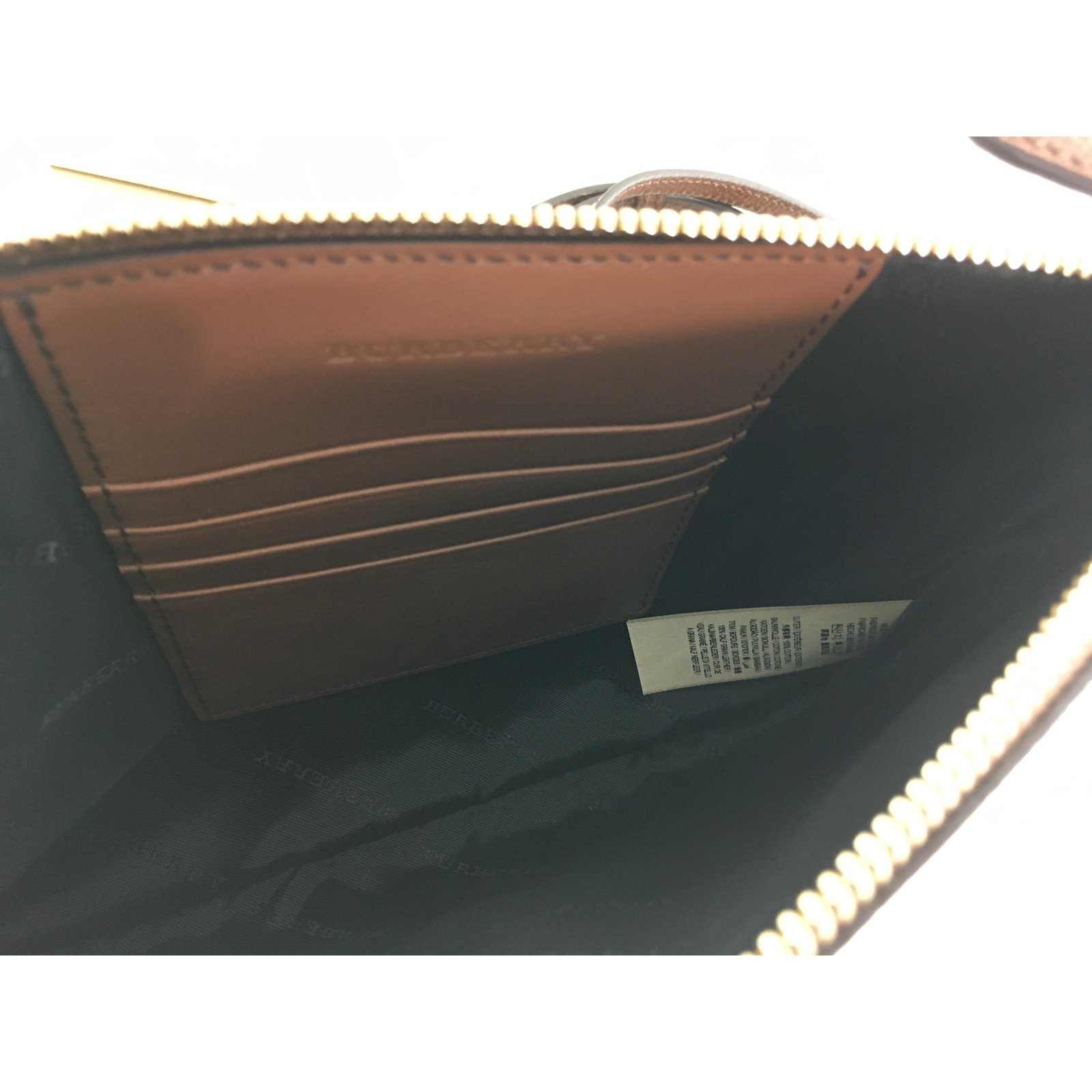 fe5c73a91fb Burberry Clutch bag Handbags Leather Other ref.74222 - Joli Closet