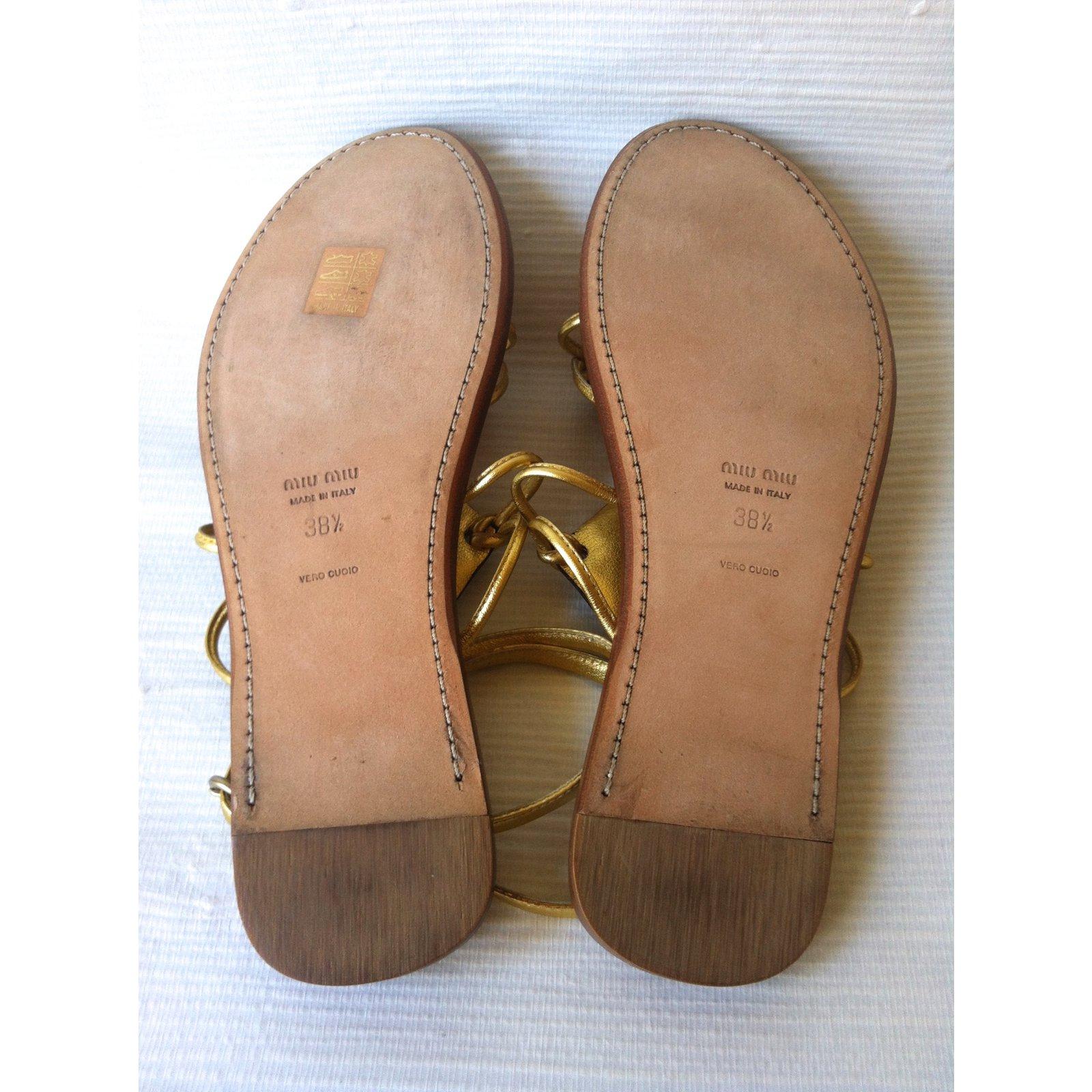 d29f3dc0f86d Miu Miu Sandals Sandals Leather Golden ref.75410 - Joli Closet
