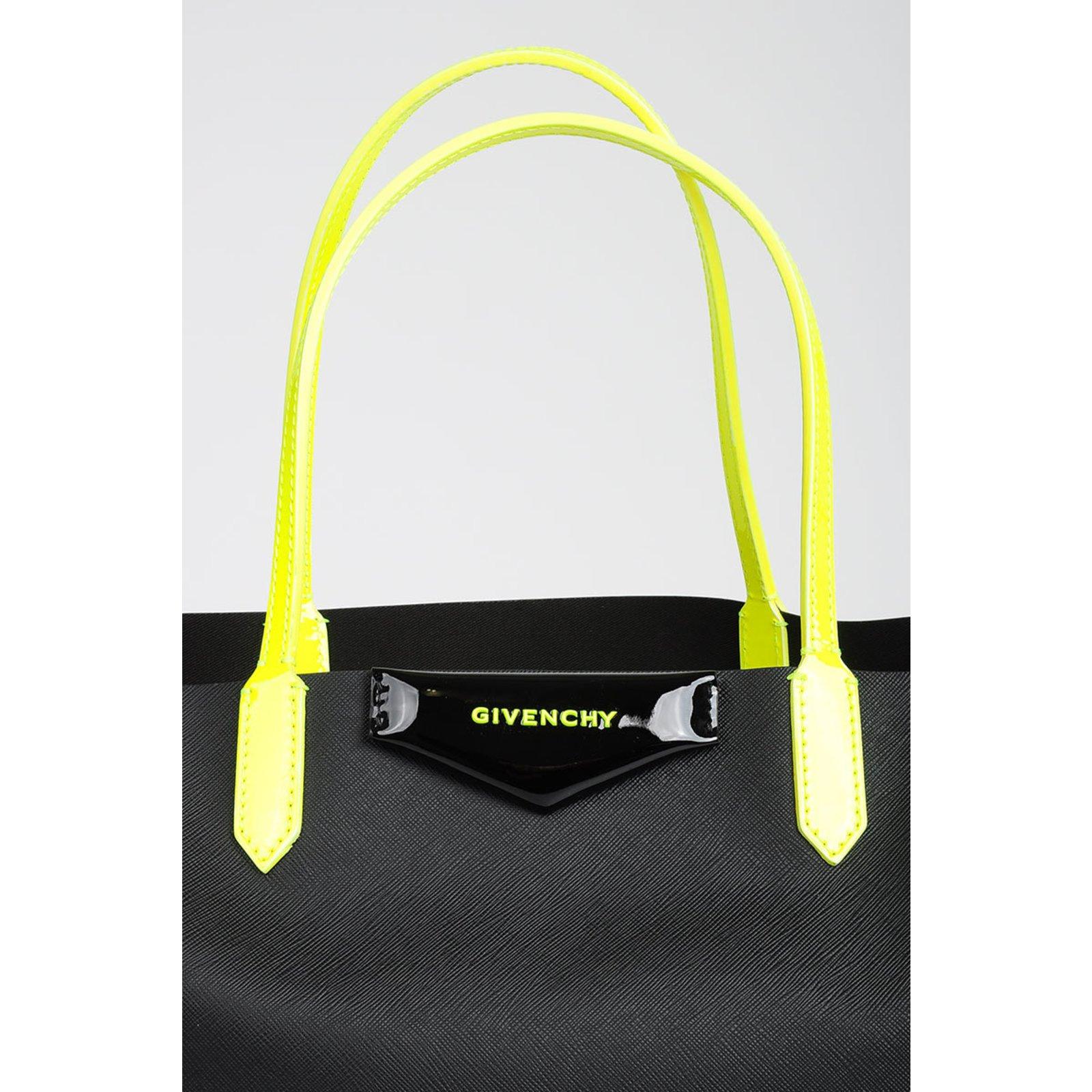572f539ca8 Facebook · Pin This. Givenchy Handbag Handbags Other Black ref.76213