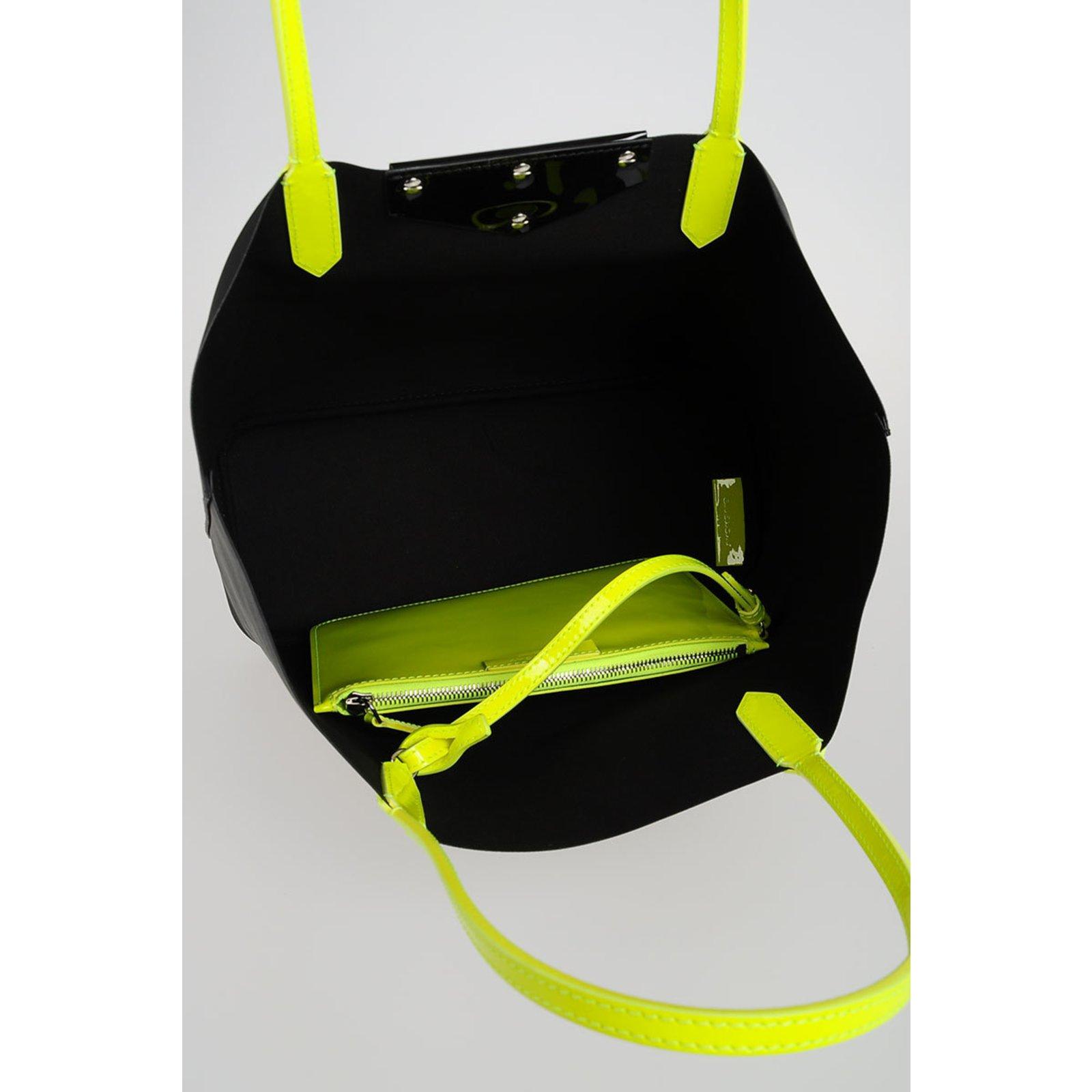 f7223a4e49 Givenchy Handbag Handbags Other Black ref.76213 - Joli Closet