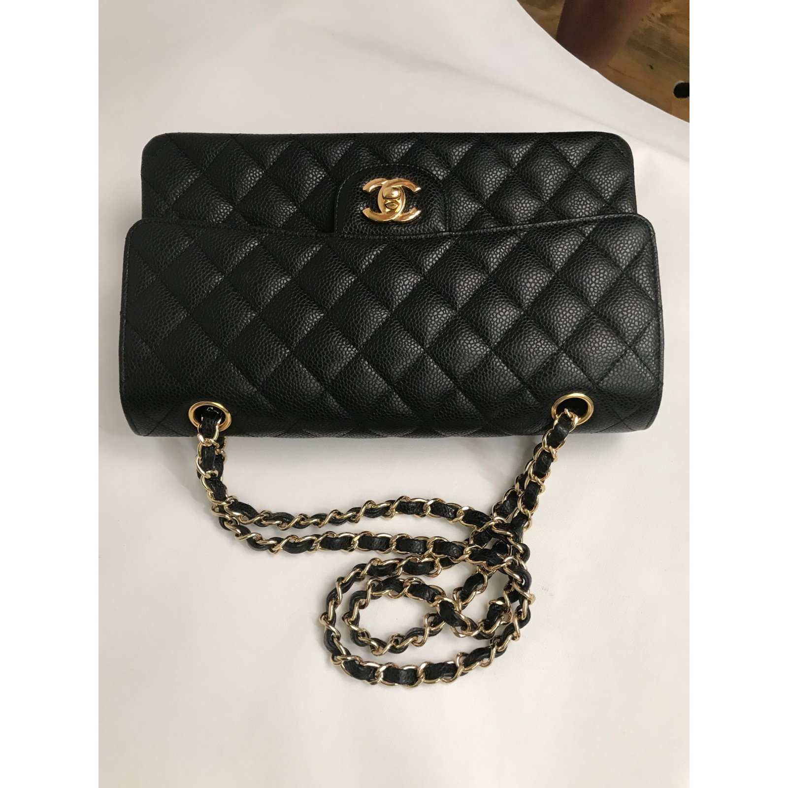07eaa43ef00bcc Chanel caviar lined flap medium bag Handbags Leather Black ref.76707 - Joli  Closet