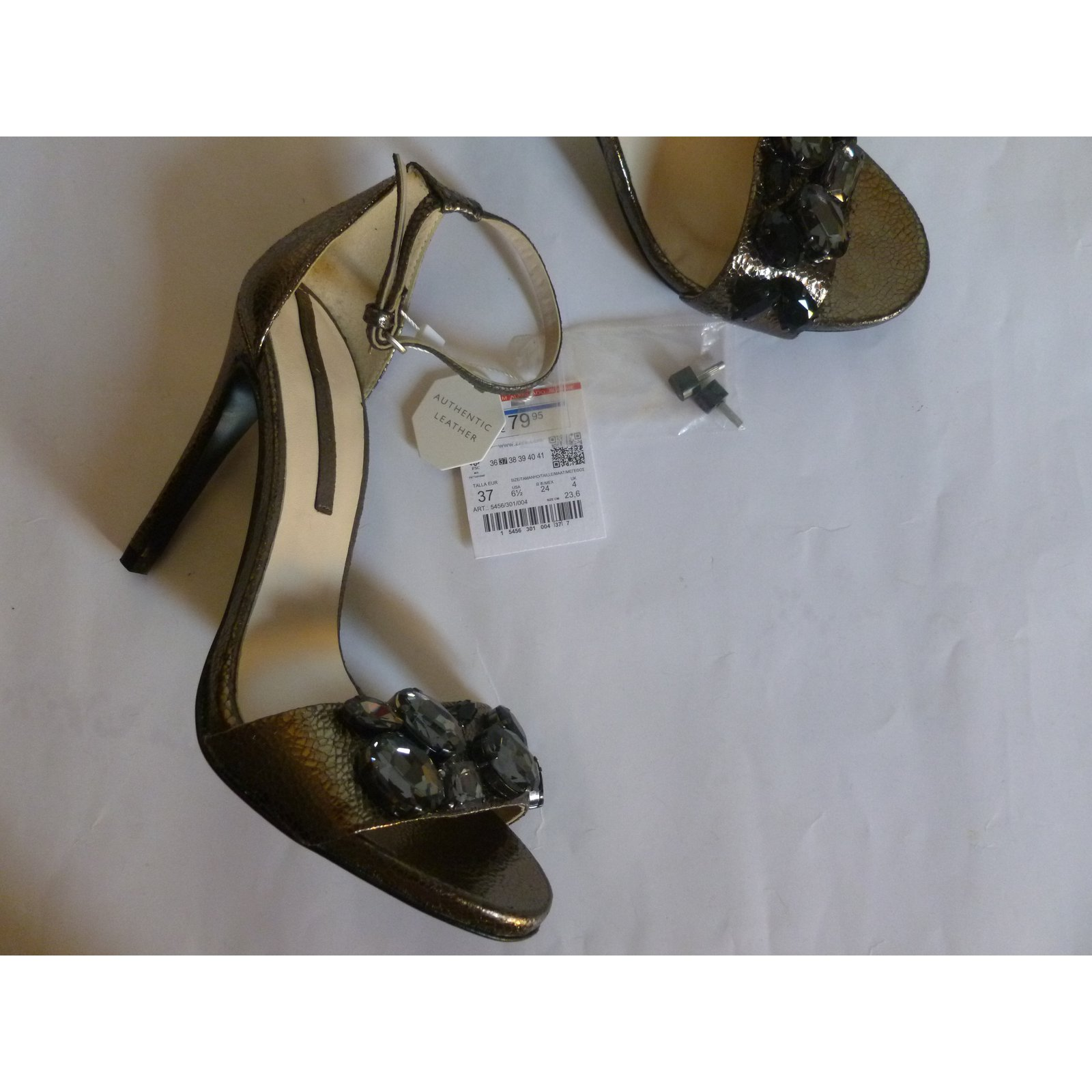 a0cff7a0d12 Zara genuine leather heel sandals Heels Leather Bronze ref.77939 - Joli  Closet