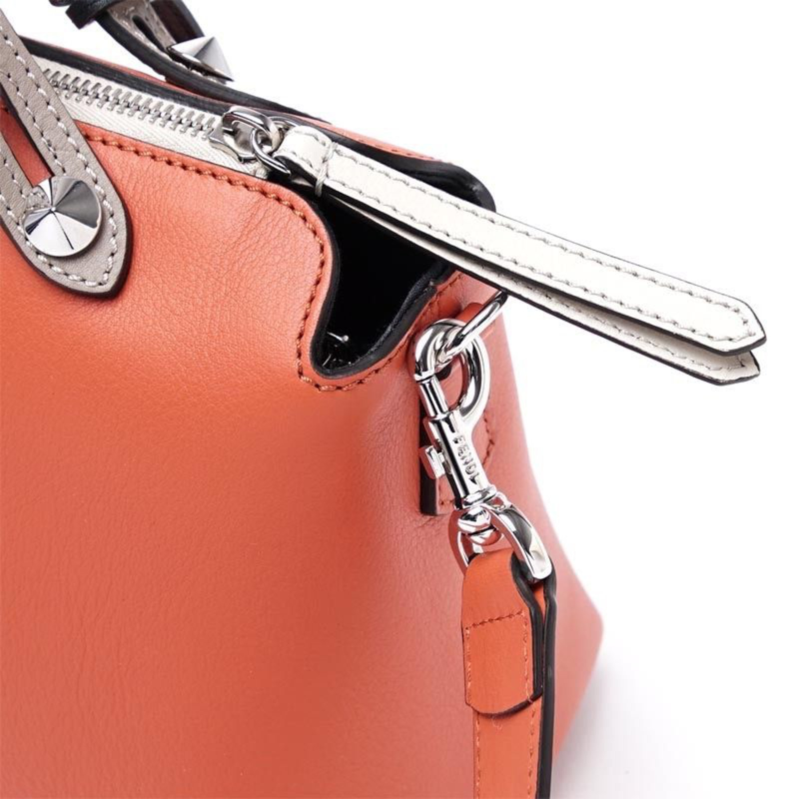 093b5e64a2d ... Fendi Bauletto by the way fendi bicolor Handbags Leather Pink ref.32703  - Joli Closet ...