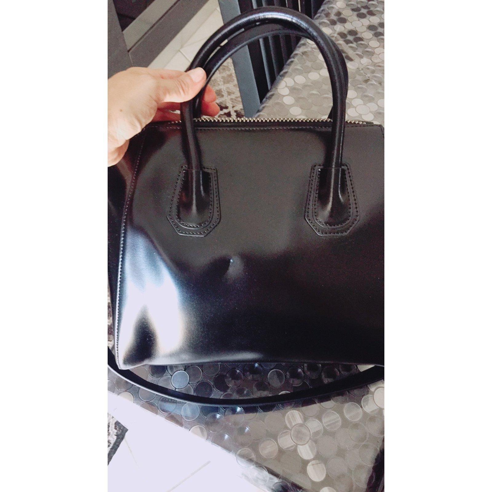 9fa6d7d8e3 Givenchy Antigona Handbags Leather Black ref.65049 - Joli Closet