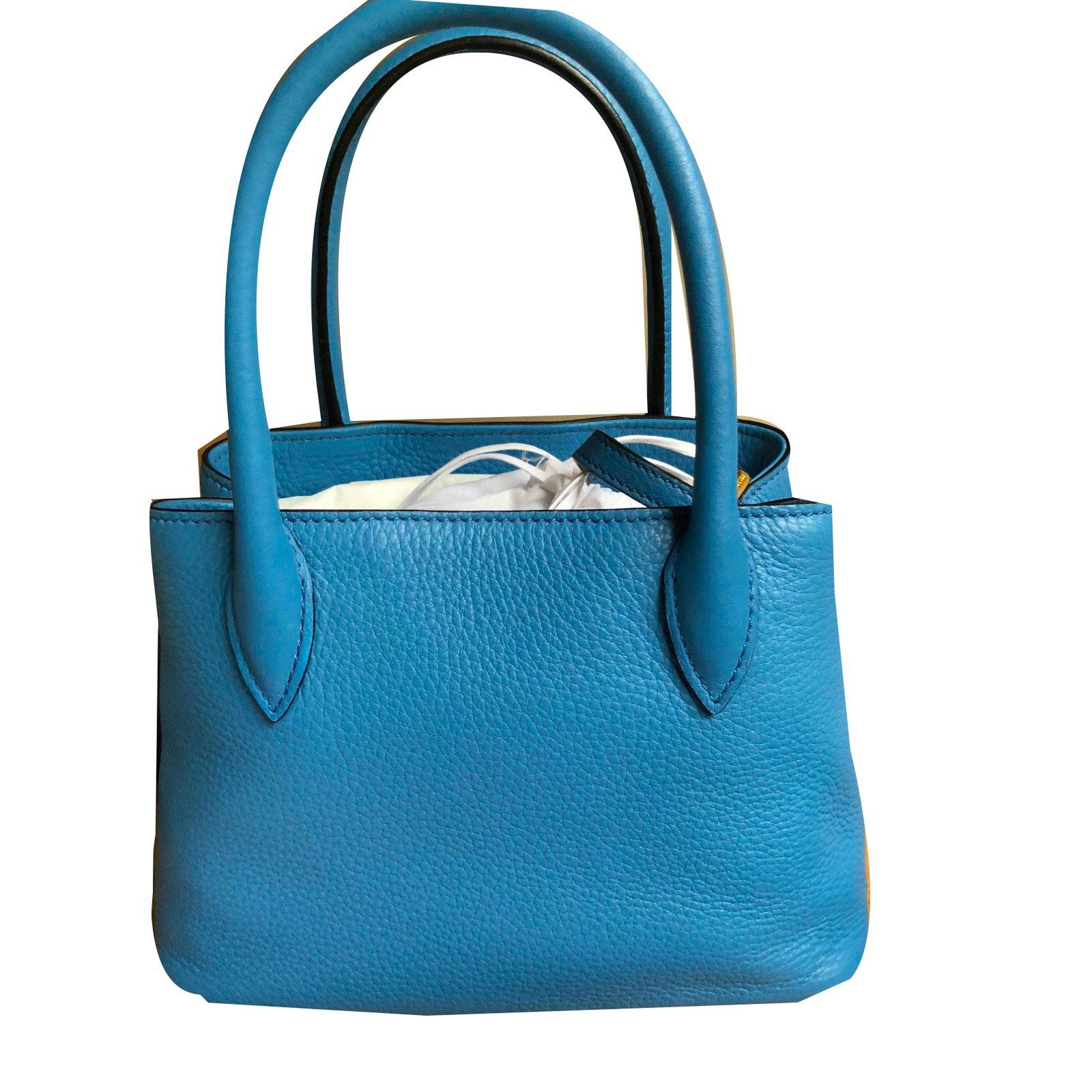 8d84e219f85 Prada mini cross body bag in blue leather Handbags Leather Blue ref.78599 -  Joli Closet