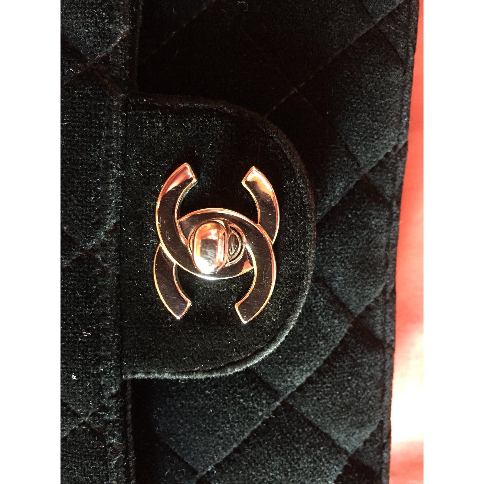 4a8aa4962904a4 Chanel Backpacks Backpacks Velvet Black ref.79795 - Joli Closet