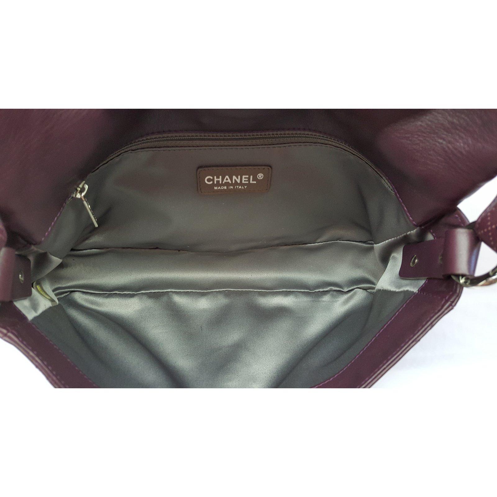 f997c2d9aaa2 Chanel Prune lambskin leather bag Handbags Leather Prune ref.81774 - Joli  Closet