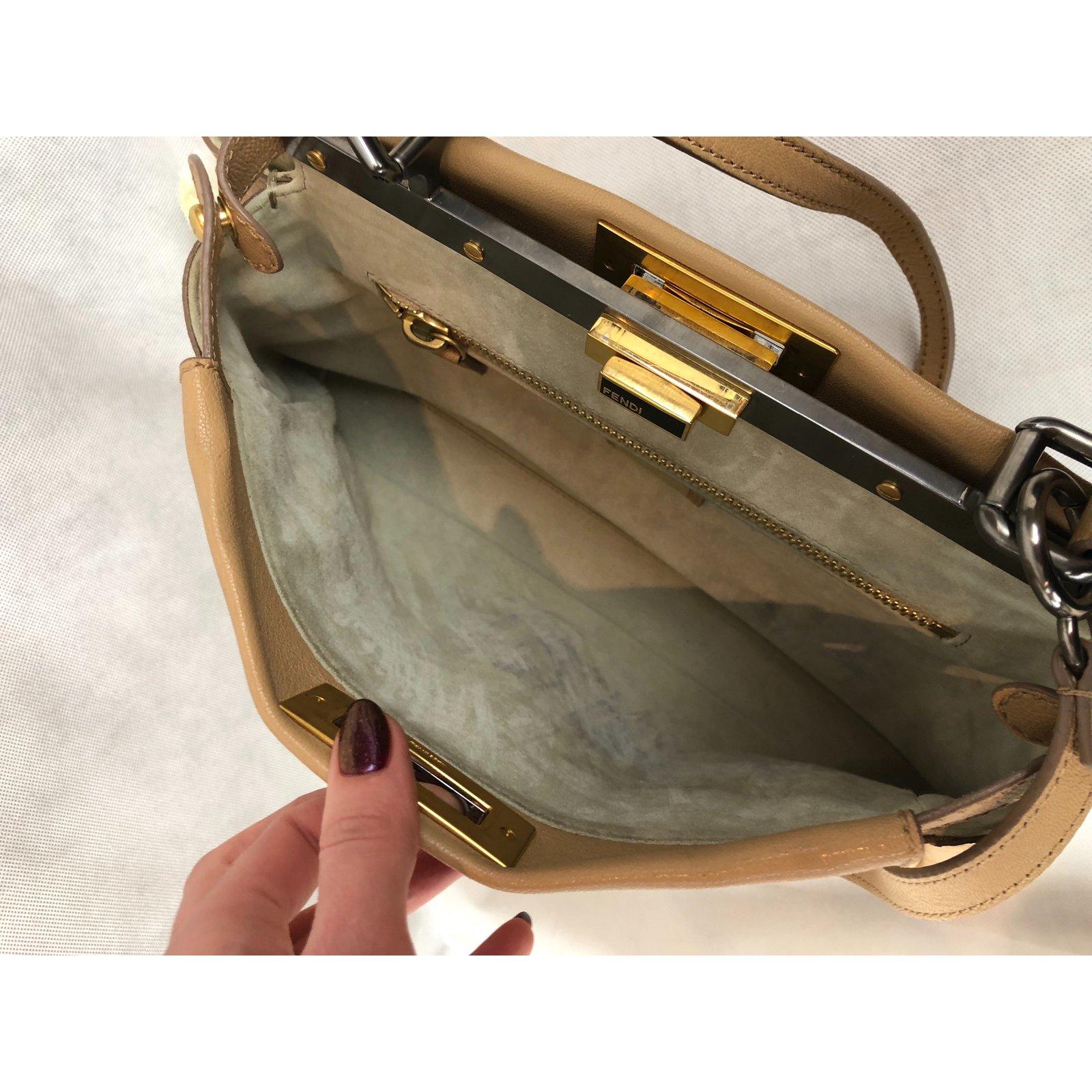 Fendi Peekaboo Handbags Leather Beige ref.83489 - Joli Closet db73f41f8d945