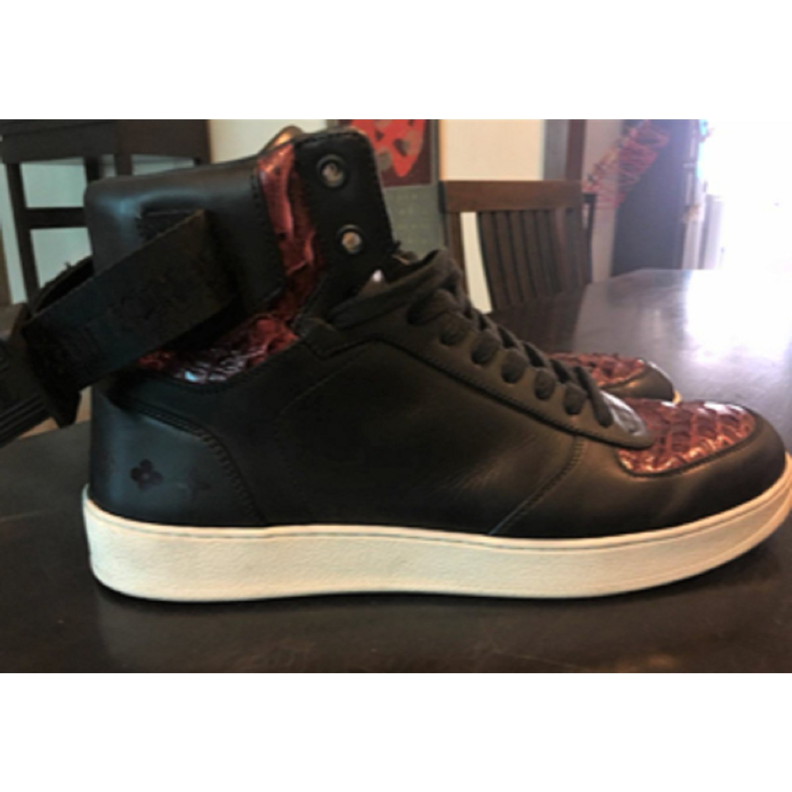 4d6d71f3ada Louis Vuitton Leather high top lace up sneakers Sneakers Leather Black ref. 84131 - Joli Closet