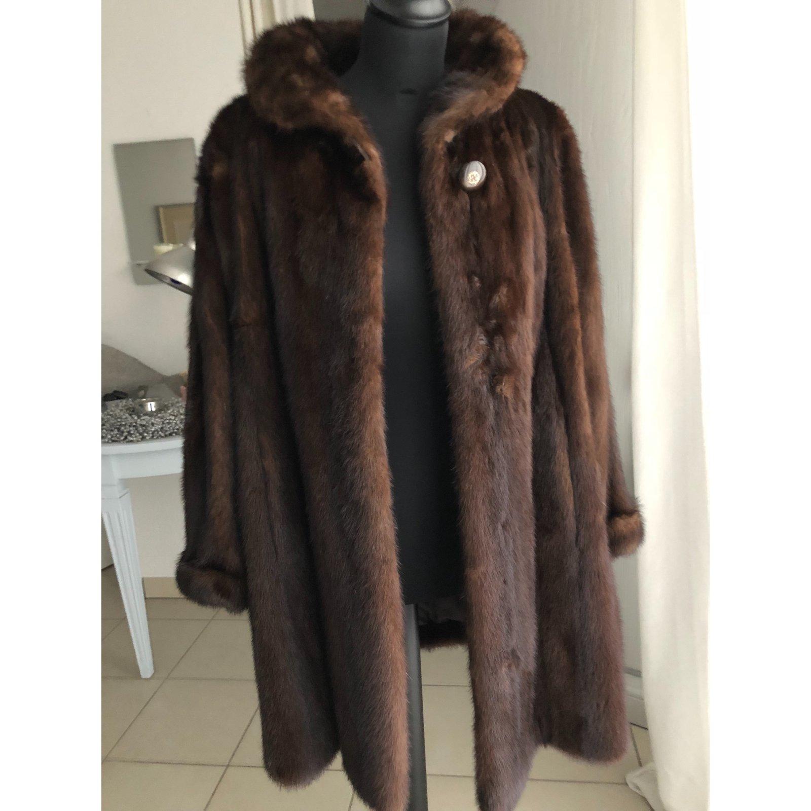 Manteau fourrure marron foncé