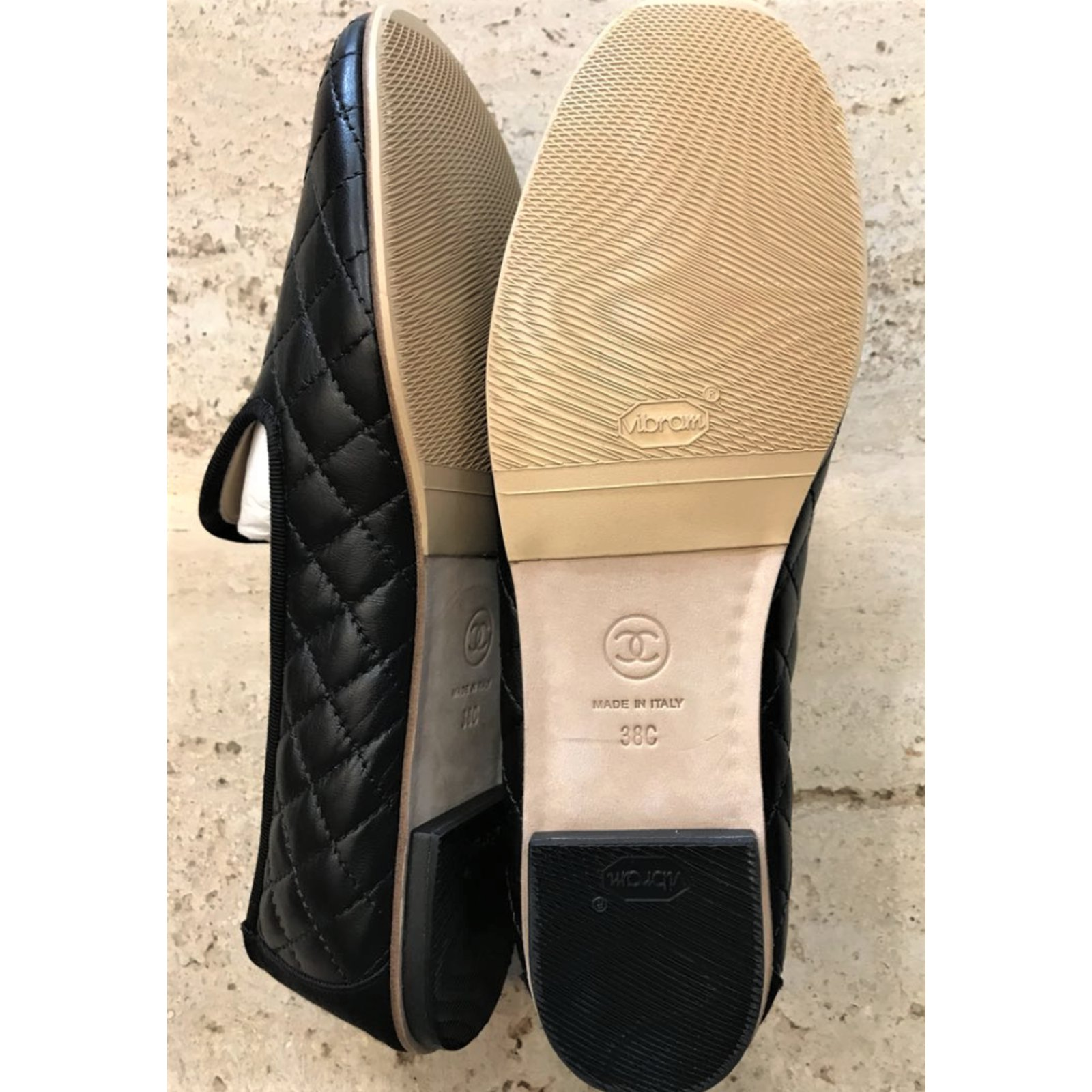 8f7be1c1315 Chanel black quilted loafers Flats Leather Black ref.85604 - Joli Closet