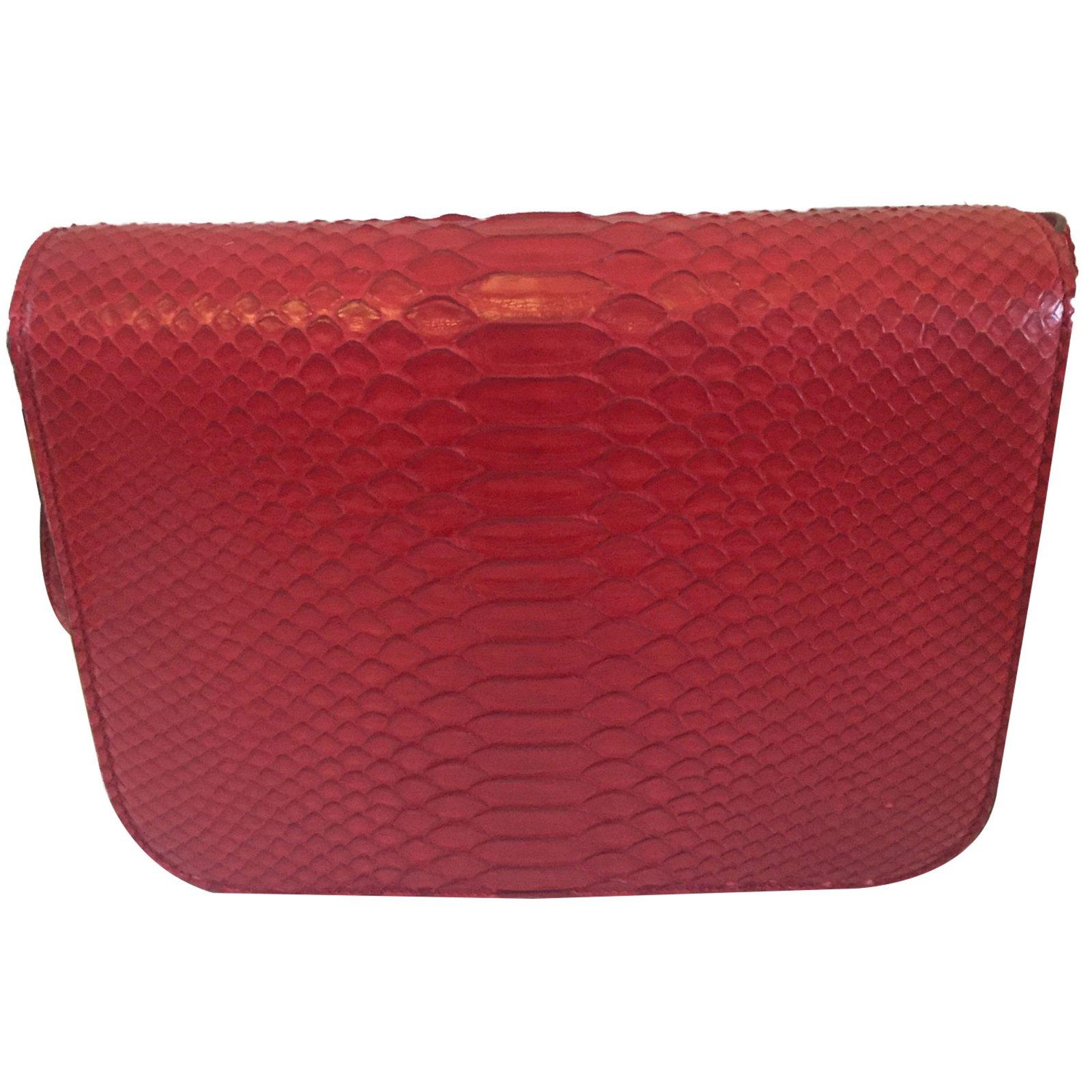 6fa5204abf48 Sacs à main Céline Classic Box en python rouge Cuirs exotiques Rouge ref.86220  - Joli Closet