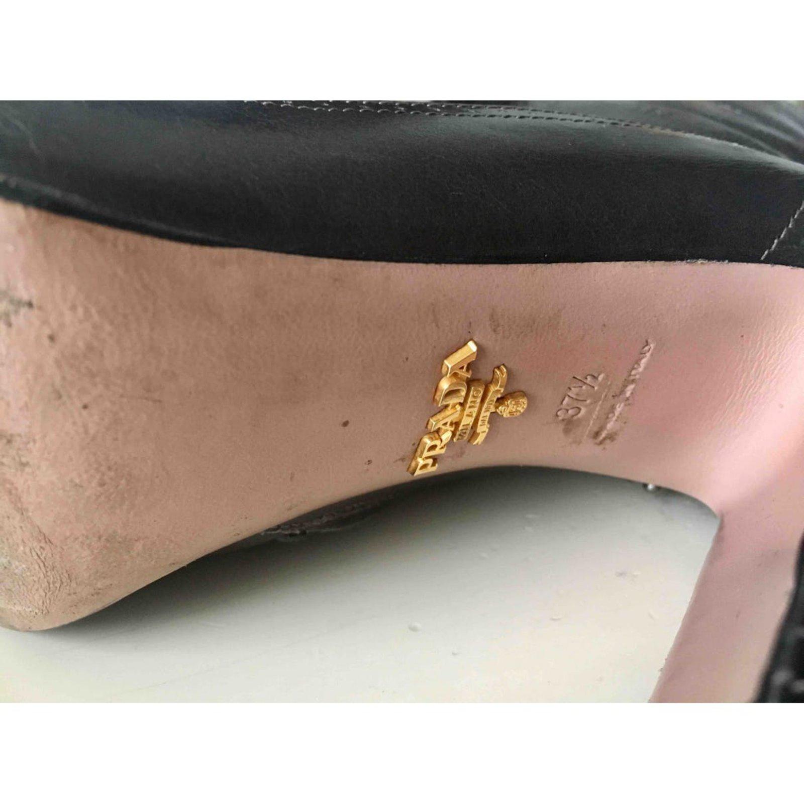 1dfcbc5f92 Prada High heels boots Ankle Boots Leather Khaki ref.88138 - Joli Closet