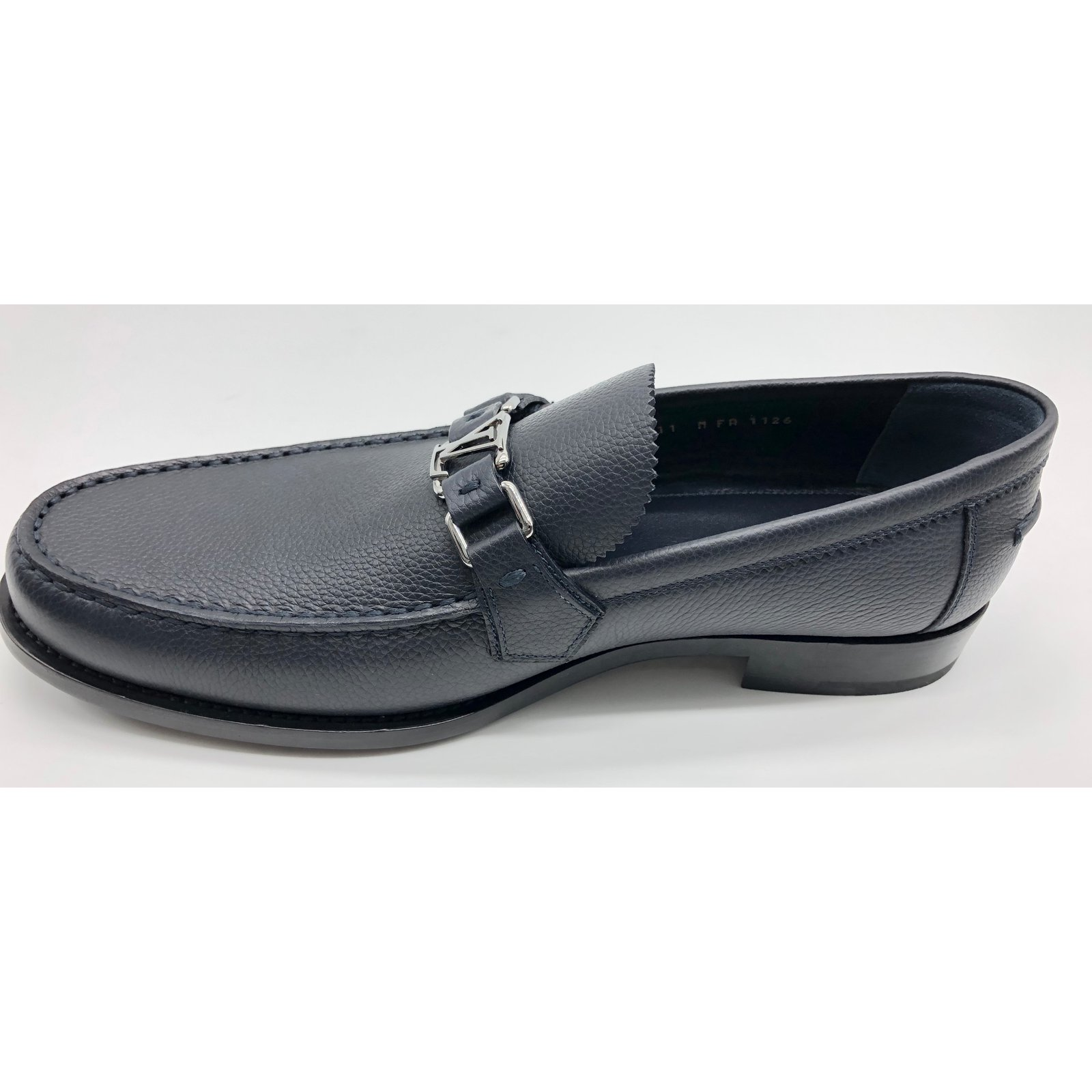 edd102dbf27f Louis Vuitton Loafer Loafers Slip ons Leather Navy blue ref.92114 - Joli  Closet