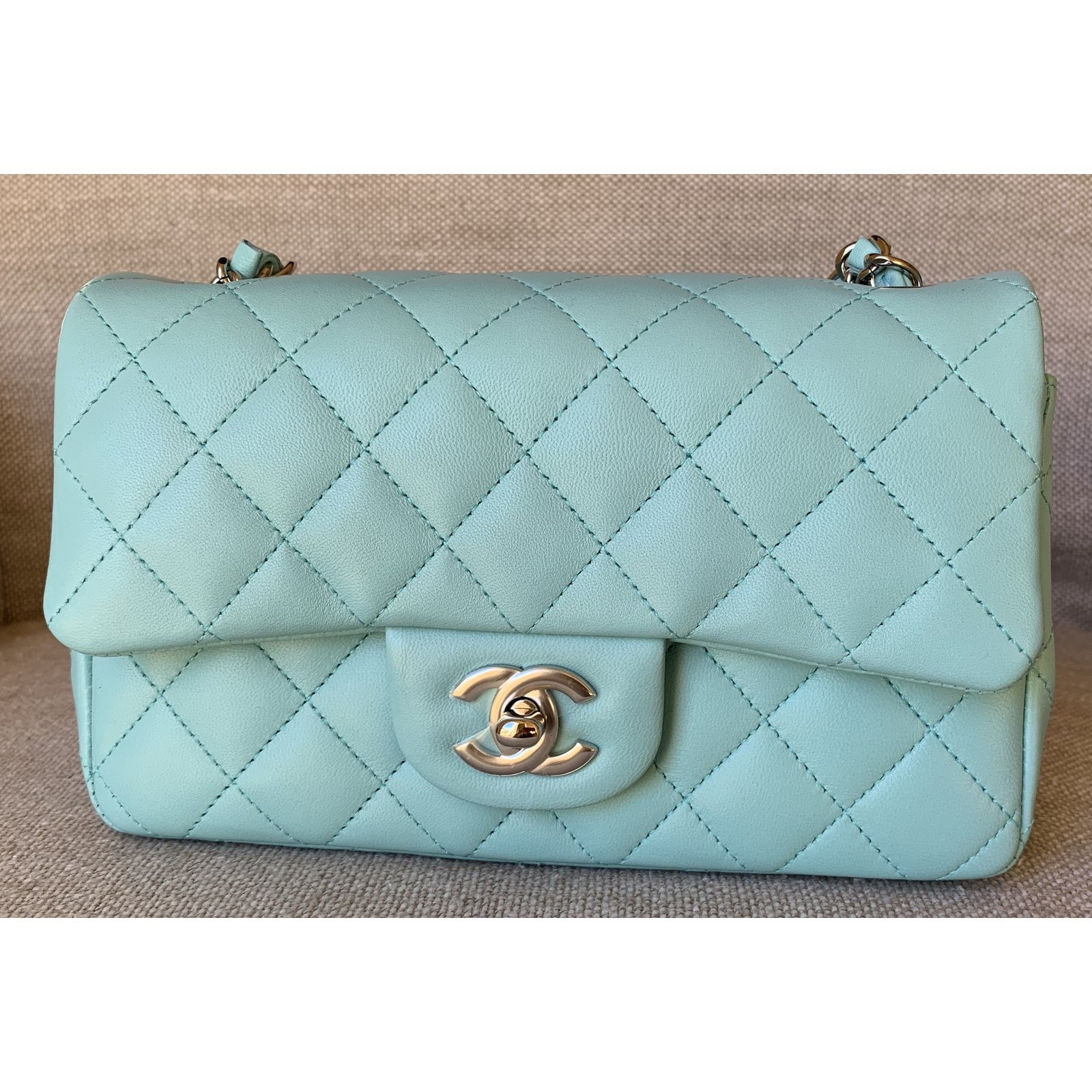 5771ce0bfd43 Chanel Light Blue Classic Quilted Lambskin Mini Flap with Silver Chain  Handbags Leather Light blue ref.92355 - Joli Closet