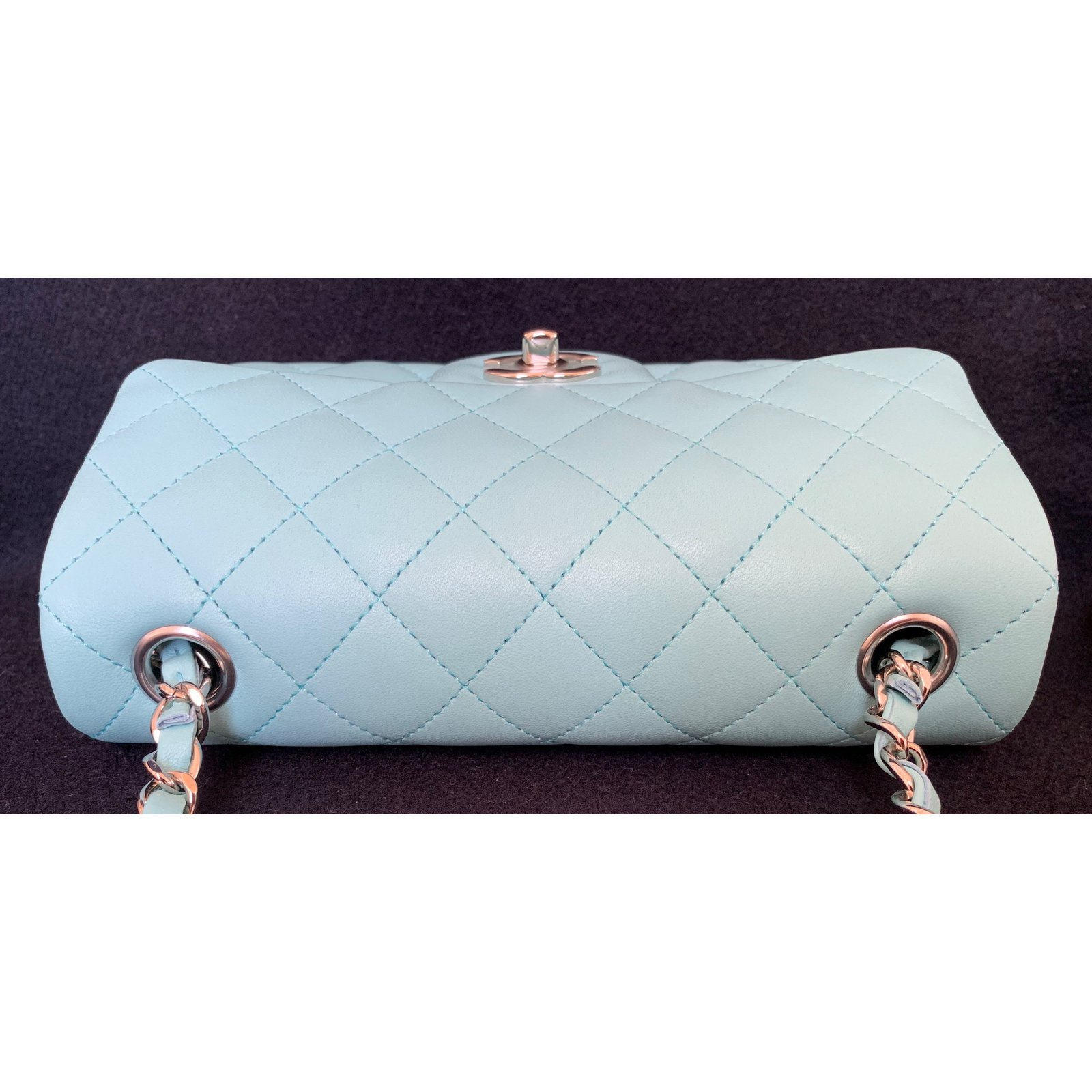 41a3a2a11d95 Chanel Light Blue Classic Quilted Lambskin Mini Flap with Silver Chain  Handbags Leather Light blue ref.92355 - Joli Closet