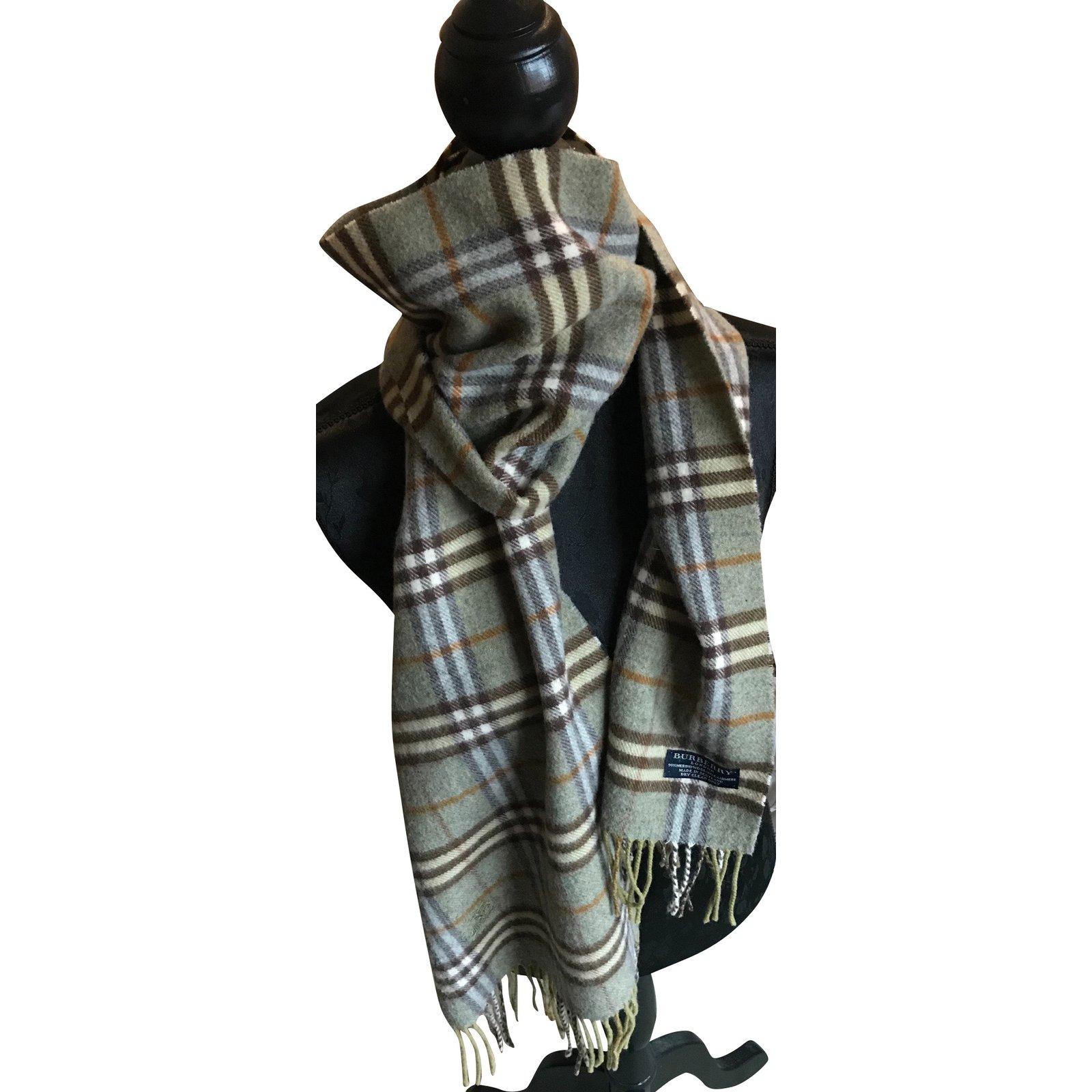 Foulards Burberry Superbe écharpe laine et cachemire Cachemire,Laine  Gris,Vert clair ref.92879 - Joli Closet 1e2c7788a1b
