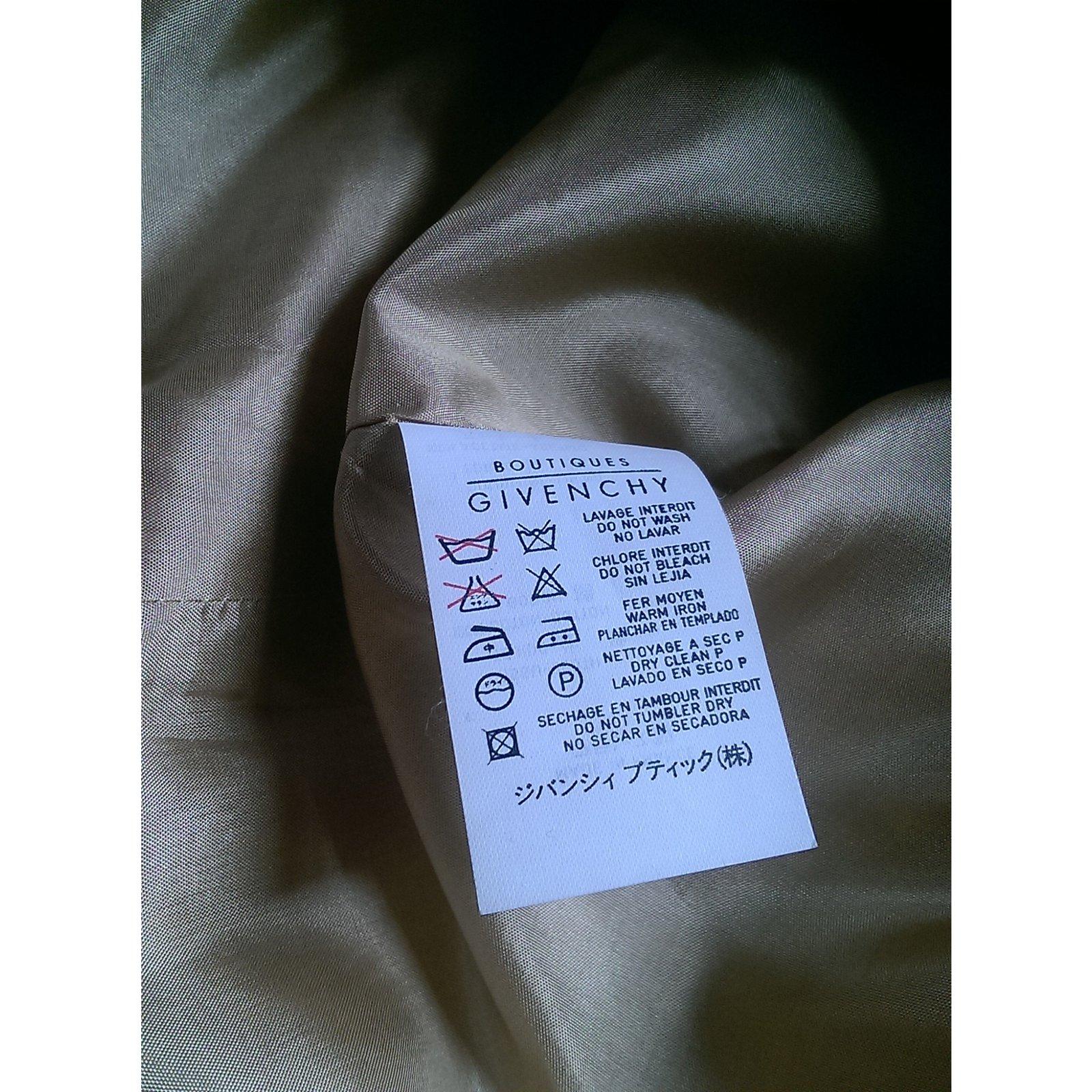 c1e46964ed67a Vestes Givenchy Vestes Coton Beige ref.93247 - Joli Closet