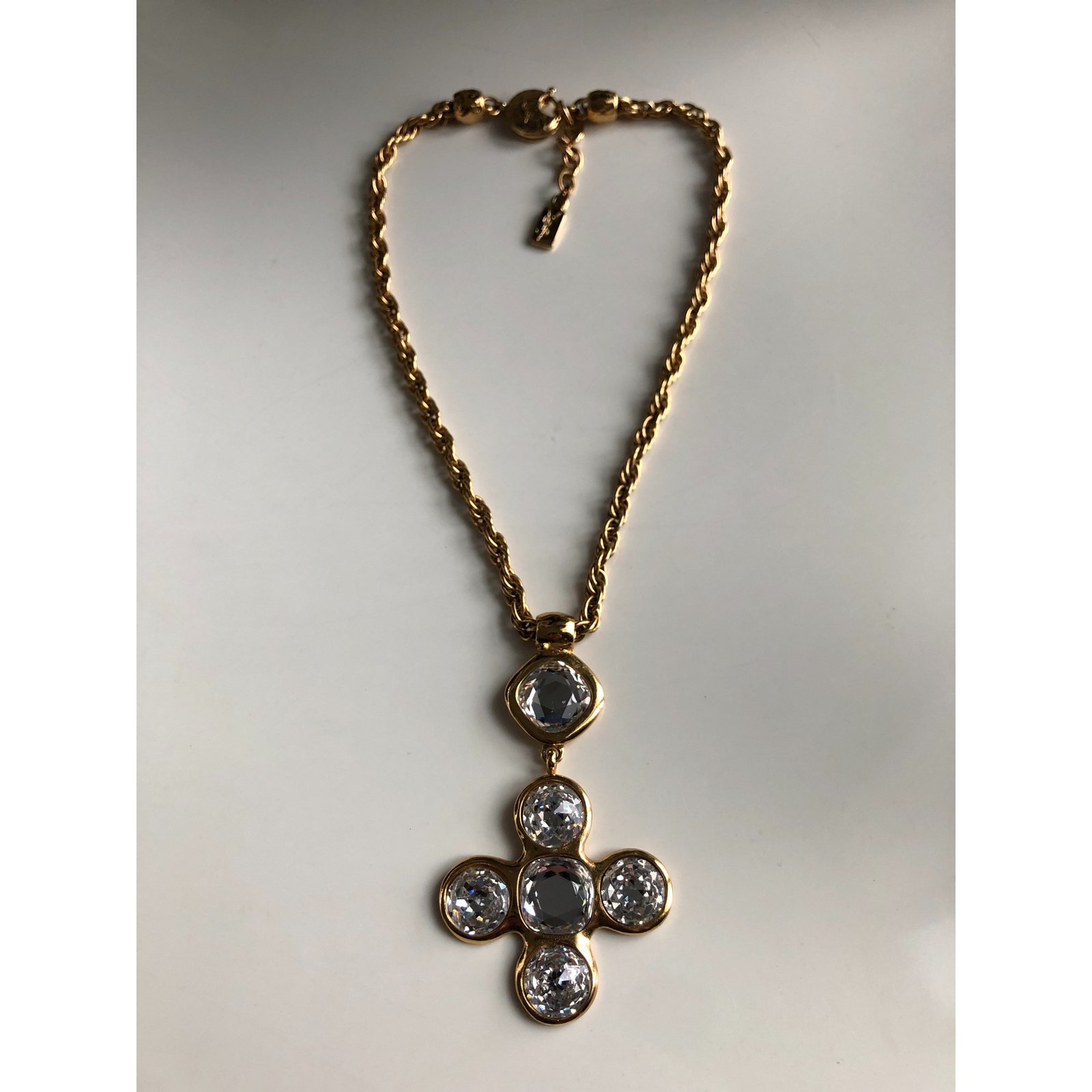 fecbcb5e0af Yves Saint Laurent Collier Gripoix YSL Necklaces Metal Golden ref ...