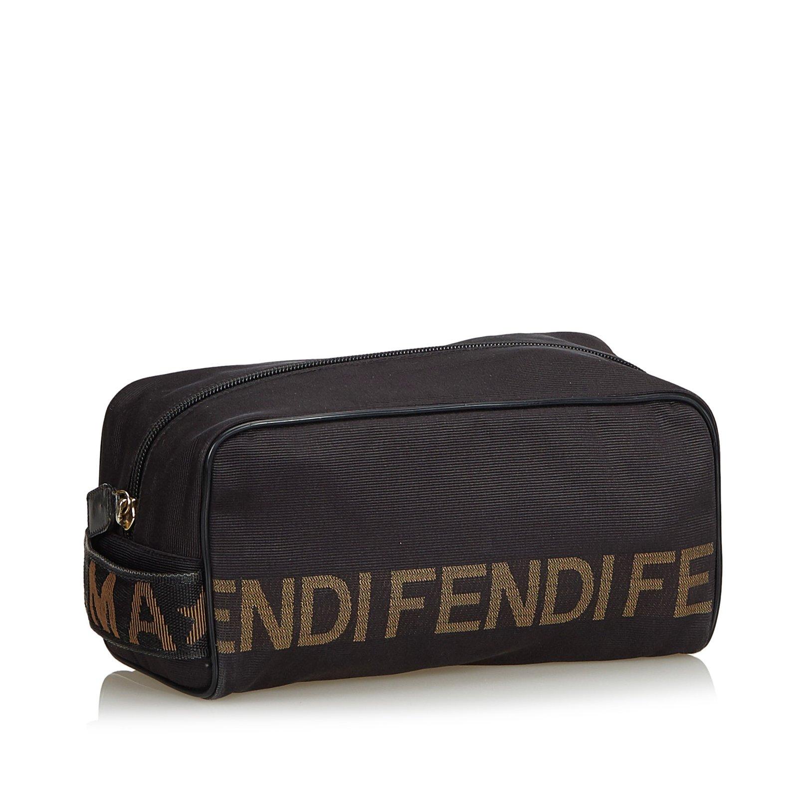 2165a7676c52 Fendi Logo Nylon Clutch Clutch bags Nylon