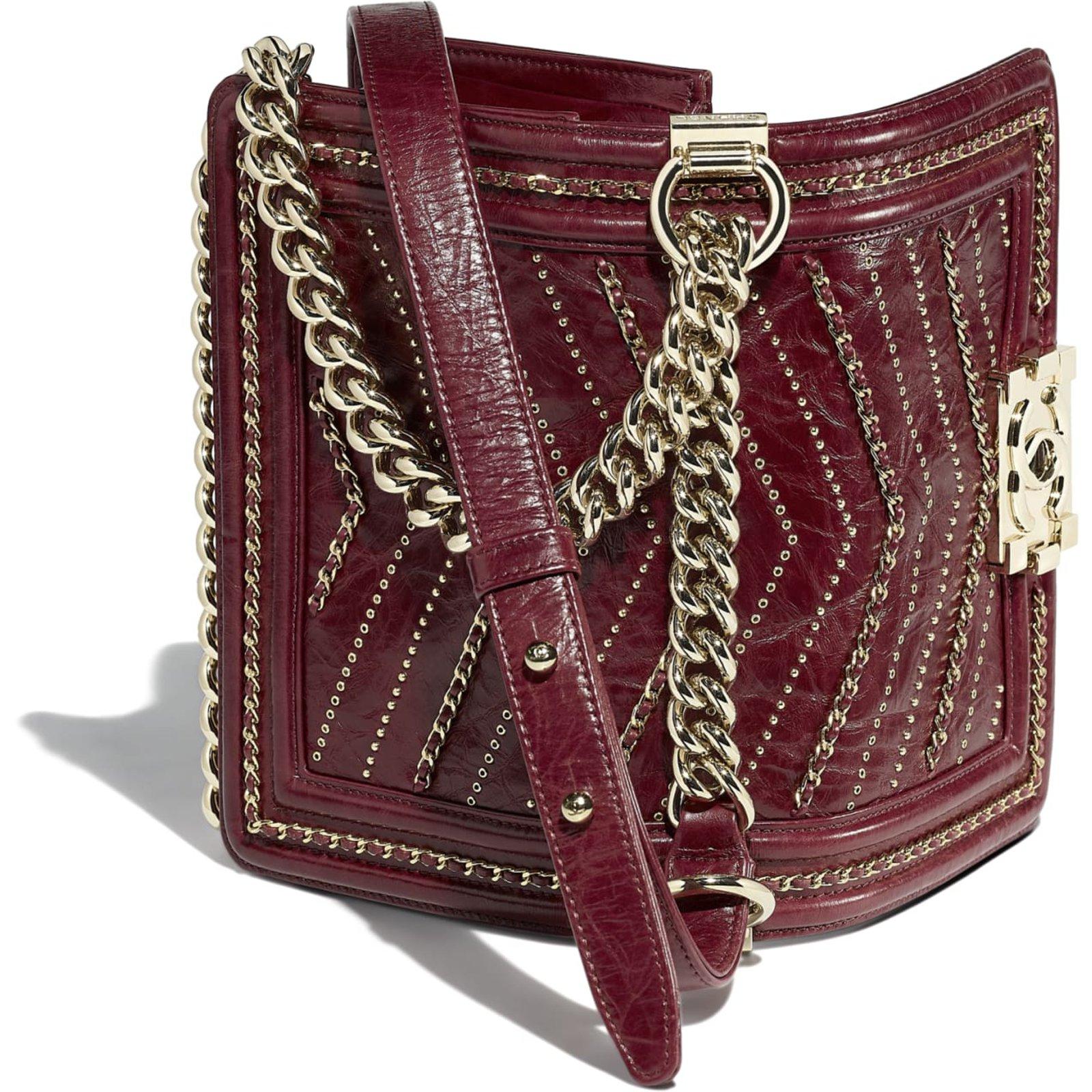 59c91e54ecbd55 Chanel Chanel boy small red Handbags Leather Red ref.99177 - Joli Closet