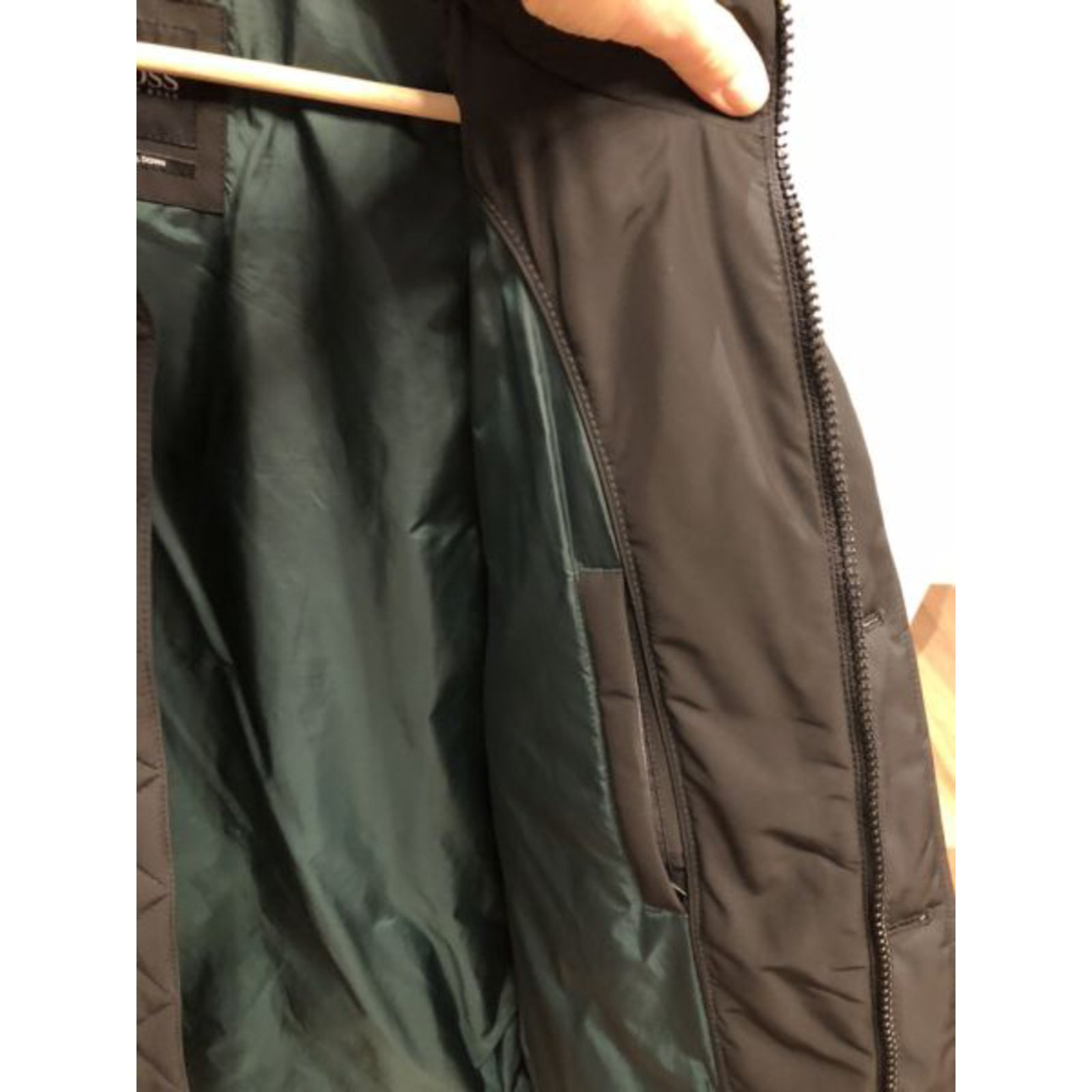 70bfbcd1 Hugo Boss Hugo Boss Down men's Jacket Men Coats Outerwear Cotton Black  ref.101402 - Joli Closet