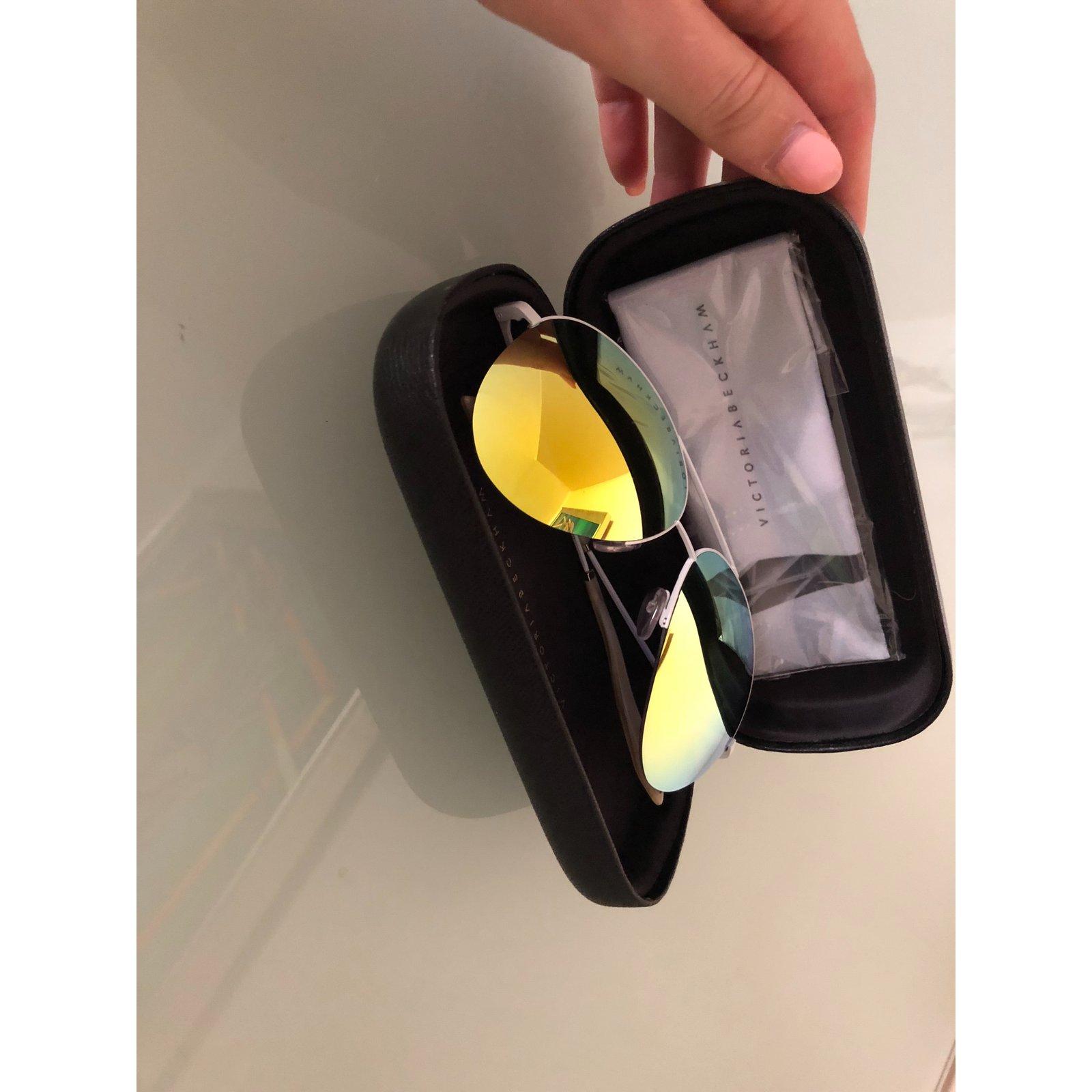 72343e9f2df5 Lunettes Victoria Beckham Des lunettes de soleil Autre Multicolore ref.101839  - Joli Closet