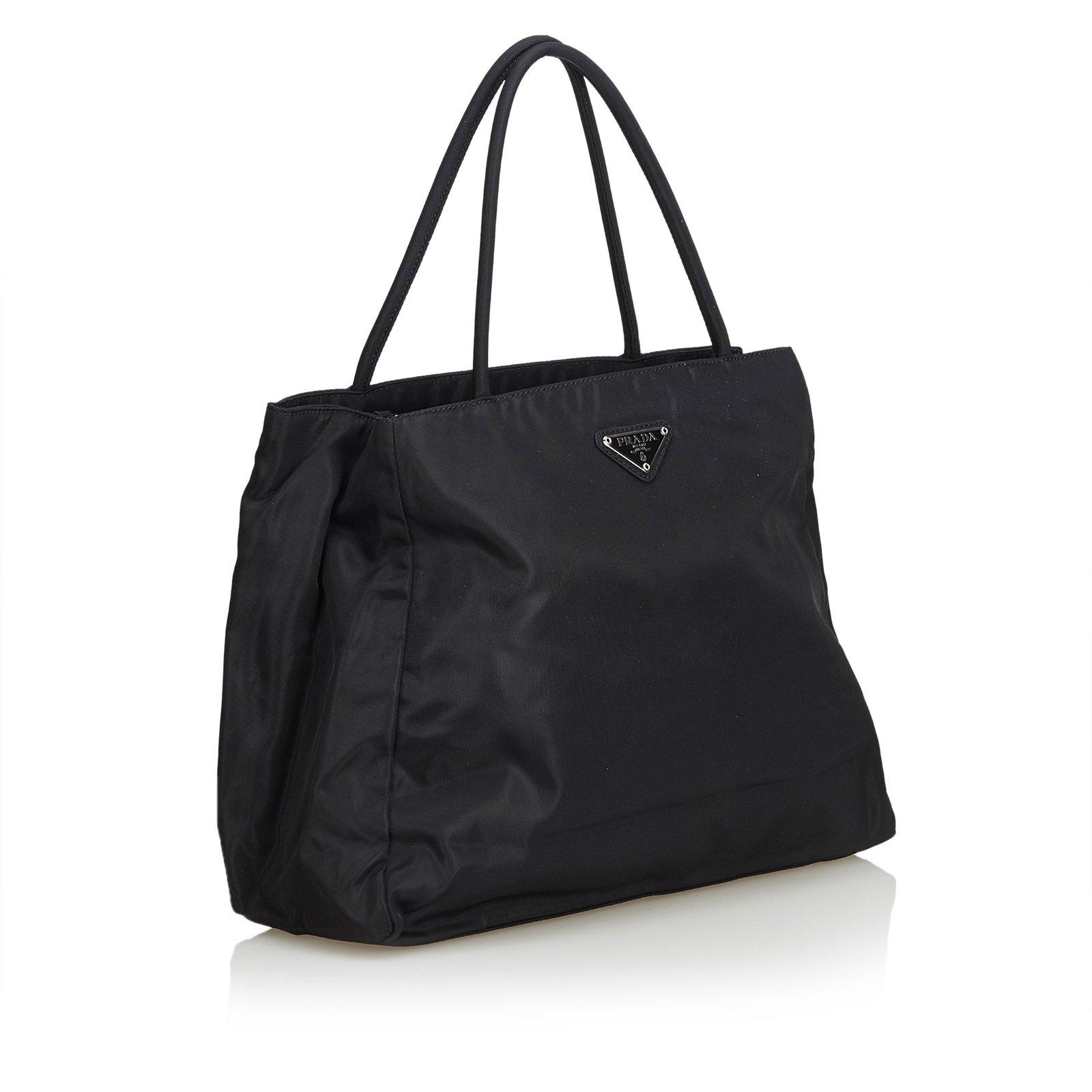 c1d4a8e738d5 Prada Nylon Tote Bag Totes Nylon,Cloth Black ref.103081 - Joli Closet
