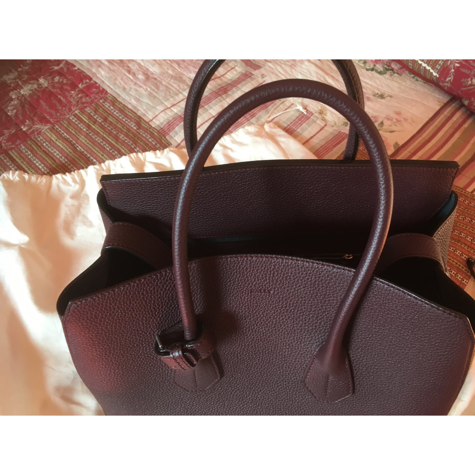 2decaac6b2 Bally Bally bag Medium model top Handbags Leather Dark red ref.103641 -  Joli Closet