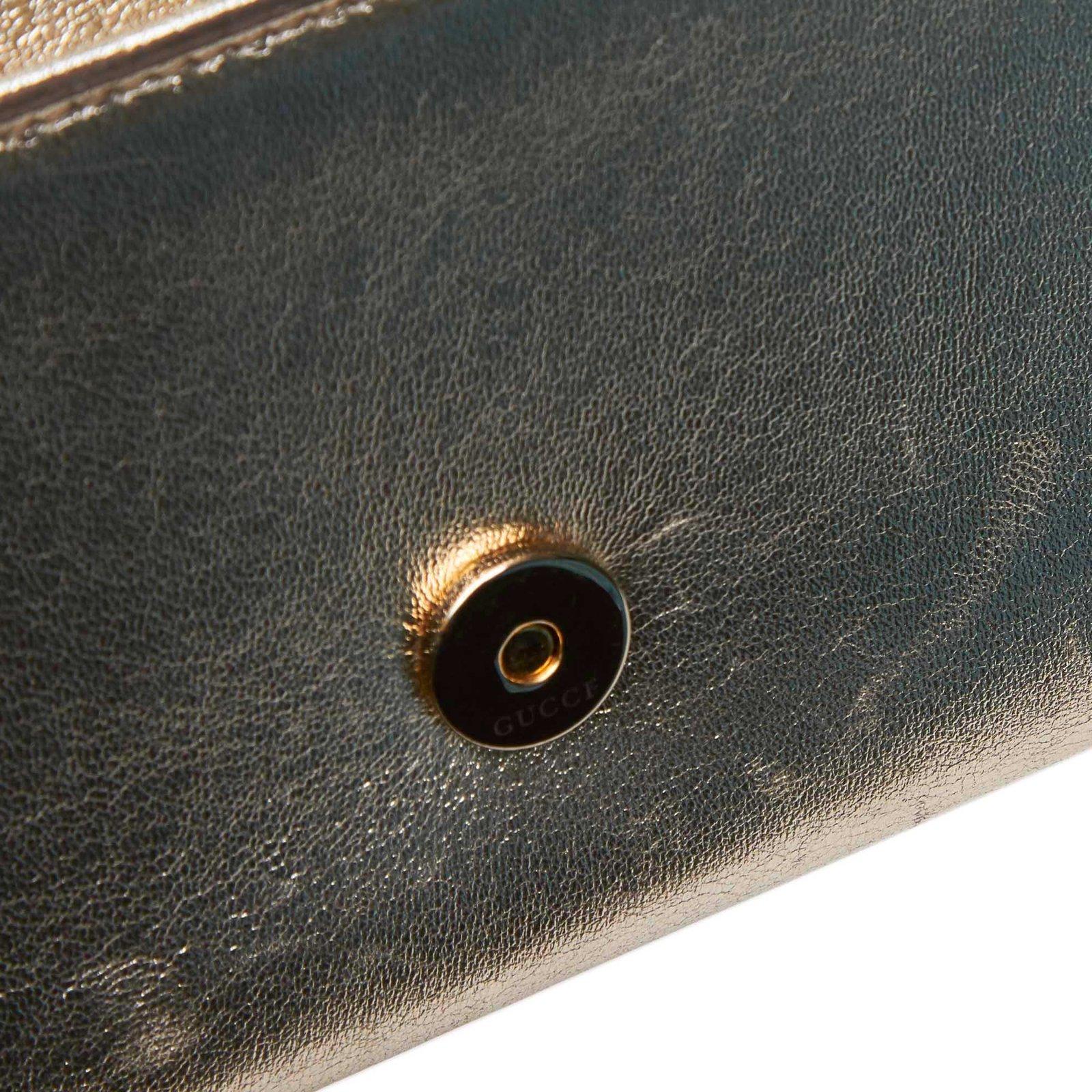 a8a66fc26af5e1 Gucci Metallic Leather Romy Clutch Bag Clutch bags Leather,Other Golden  ref.105852 - Joli Closet