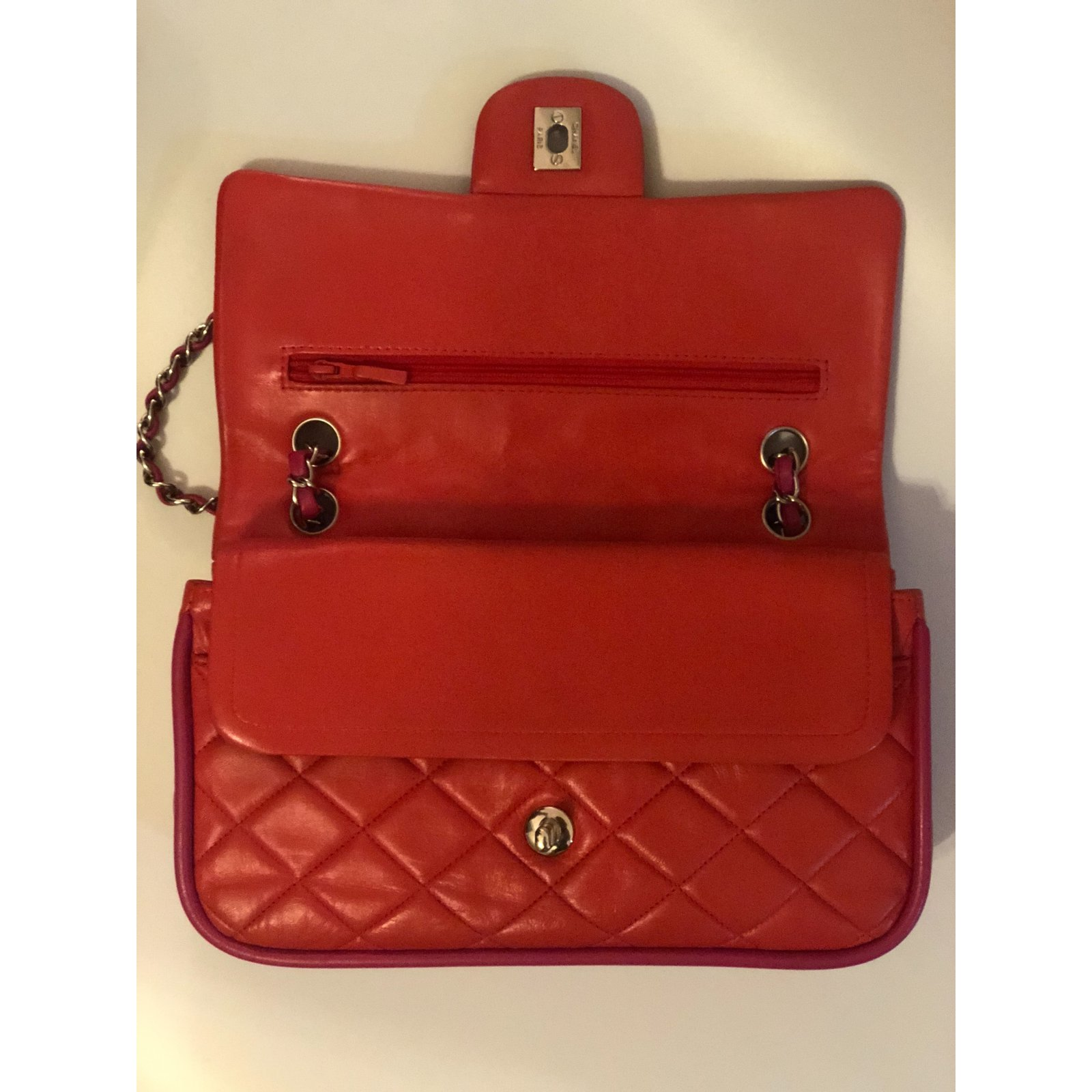 85864eee76b585 Chanel TIMELESS Handbags Lambskin Red ref.106731 - Joli Closet